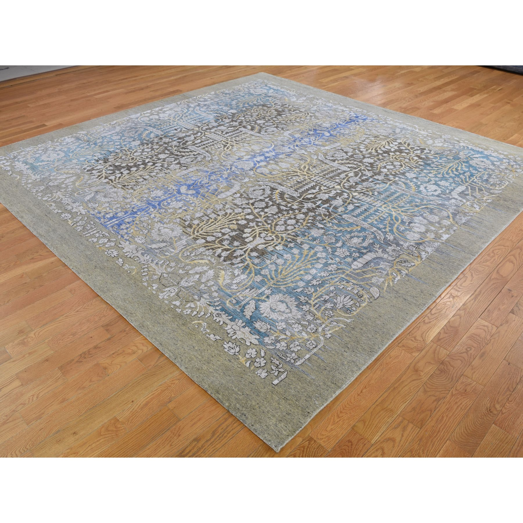 10'x10' Square Silk with Textured Wool Transitional Sarouk Hand Knotted Oriental Rug
