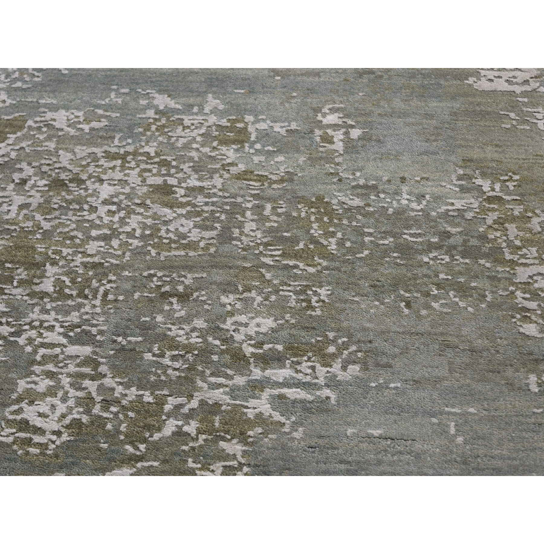 8-x10- Gray Abstract Design Wool And Pure Silk Hand Knotted Oriental Rug