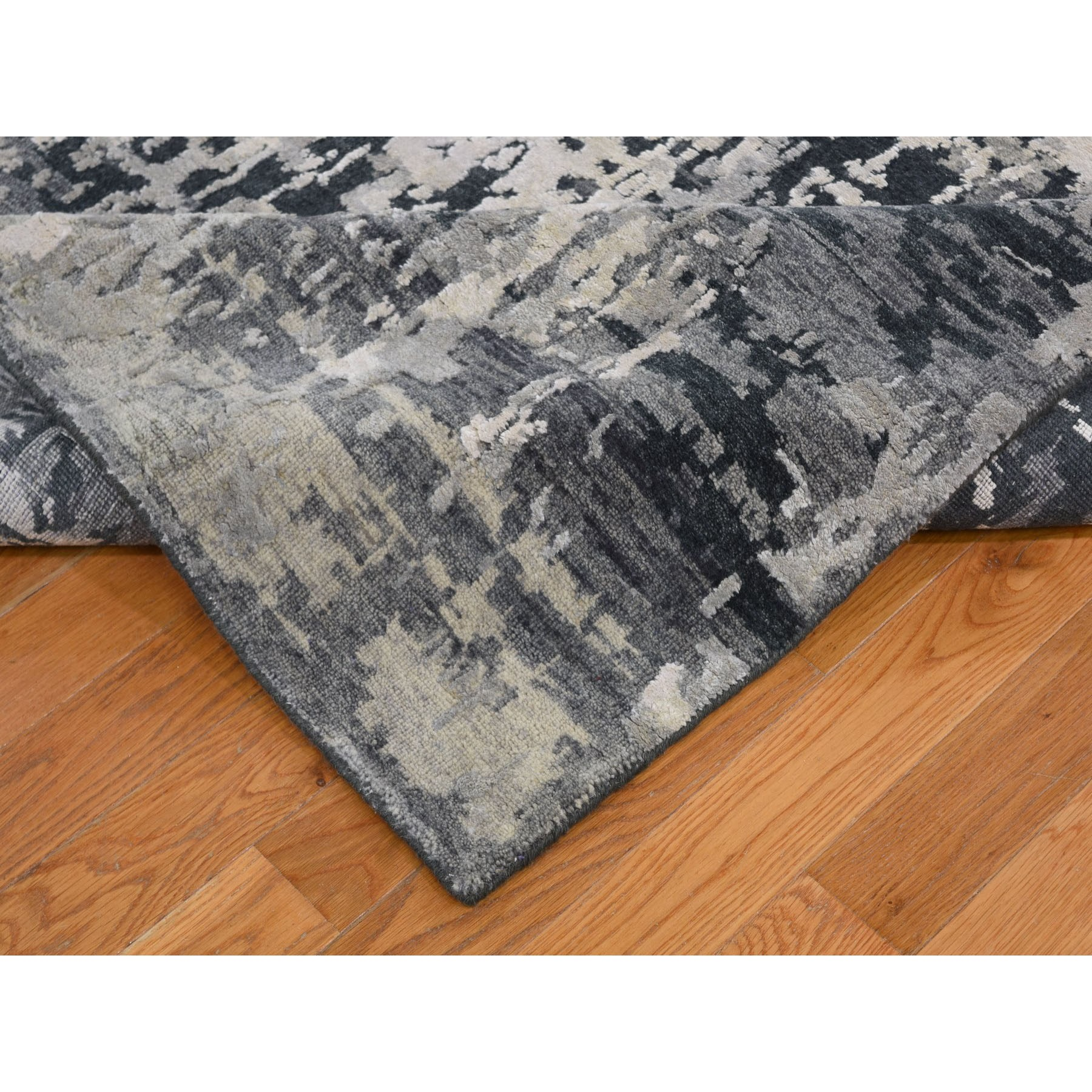 8-10 x11-8  Silver Abstract Design Wool and Silk Hi-Low Pile Hand Knotted Oriental Rug