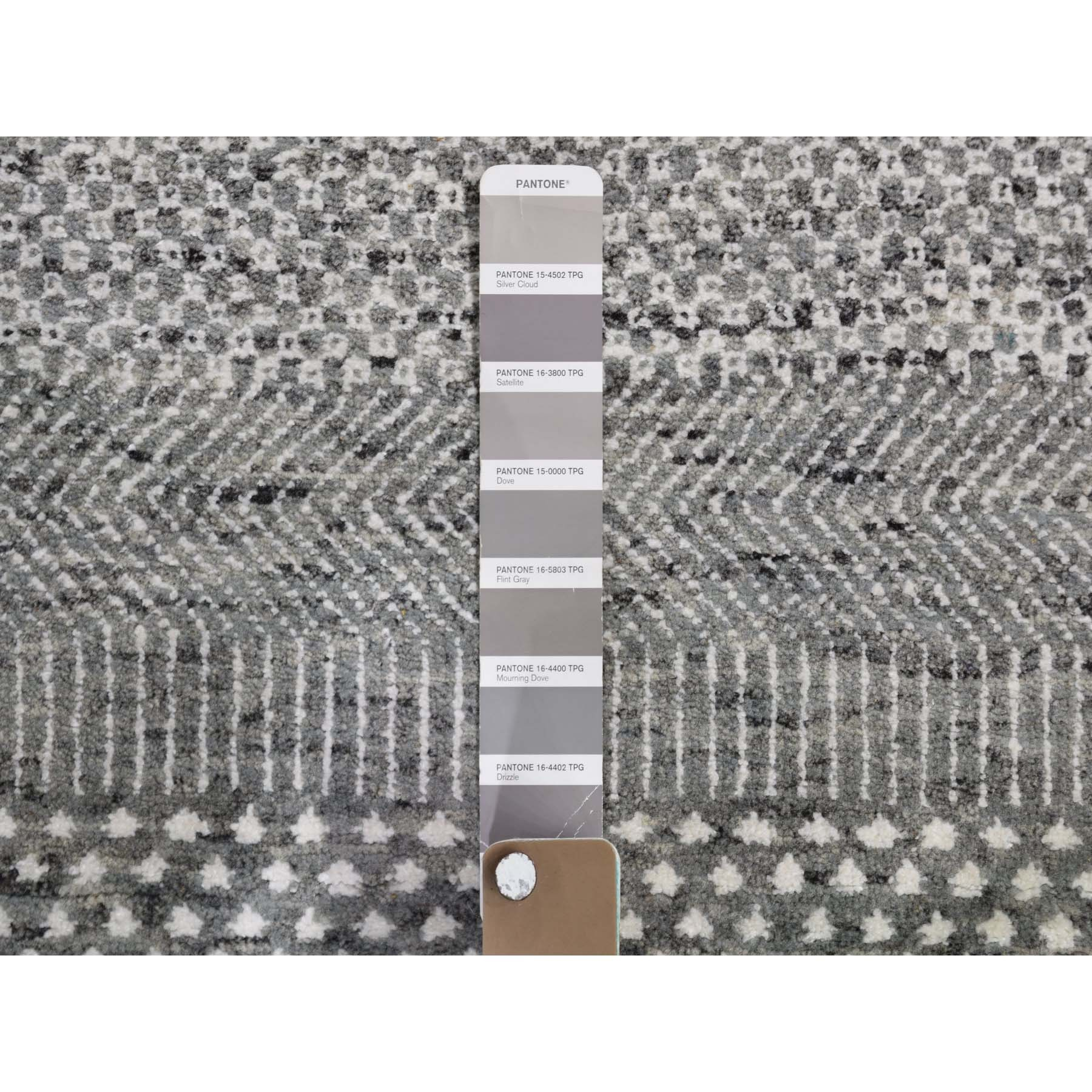 8-1 x10-2  Gray Undyed Natural Wool Grass Design Hand Knotted Oriental Rug