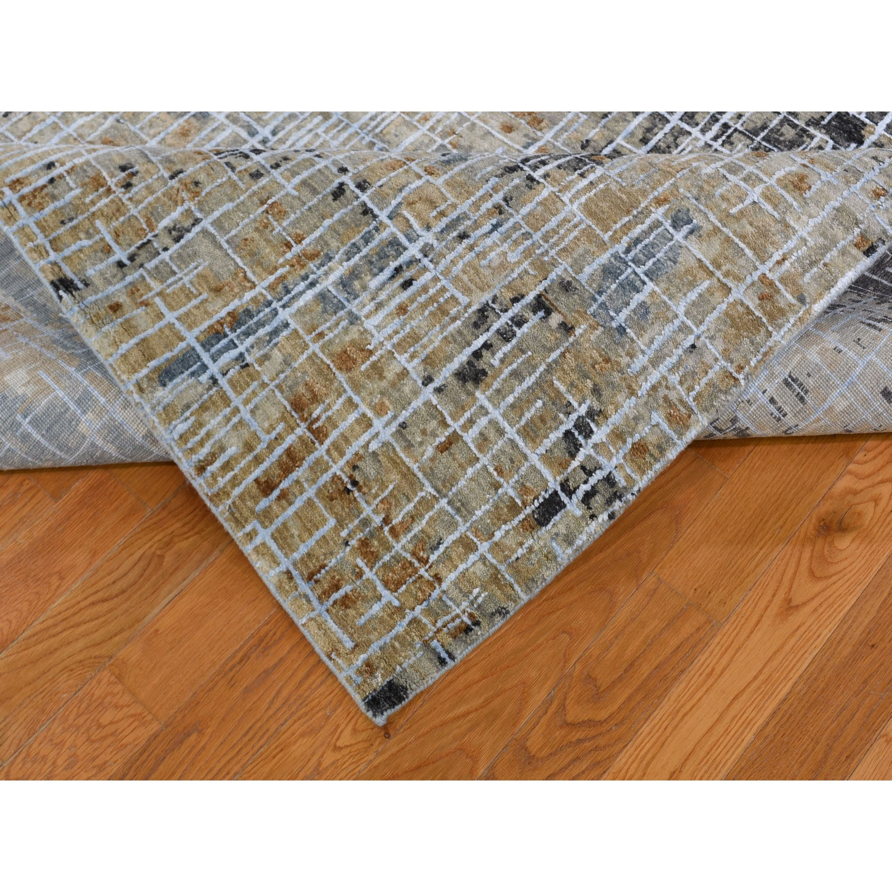 9-x12- Beige Abstract Design Wool and Silk Tight Knot Hand Knotted Oriental Rug