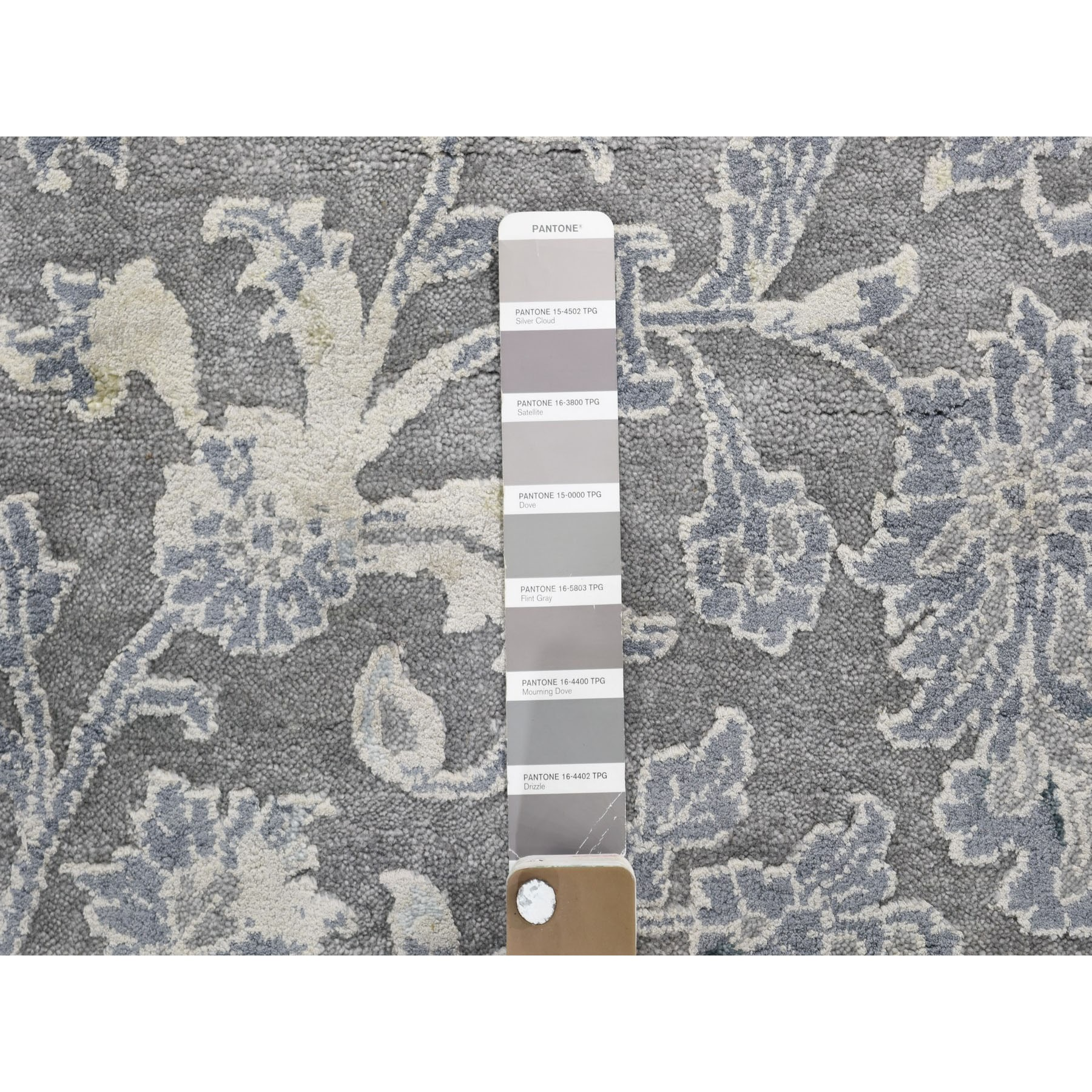 10-x13-10  Gray Broken Persian Design With Pure Silk Hand Knotted Oriental Rug