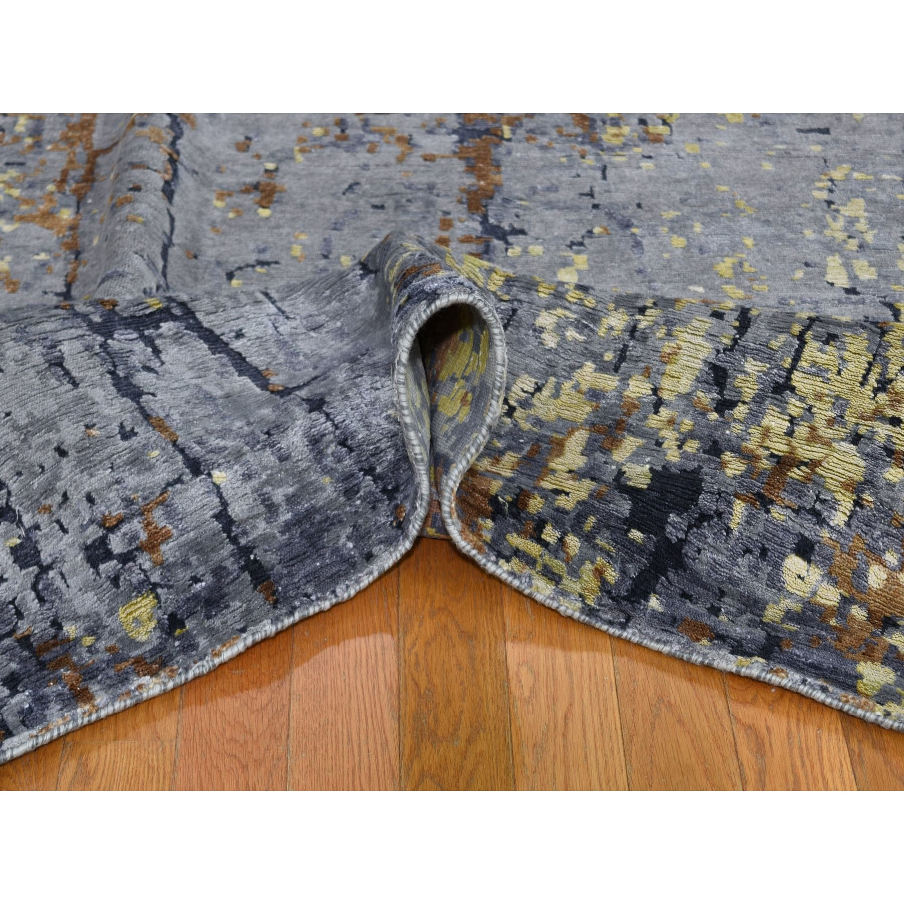 """9'x11'9"""" Gray Abstract Design Wool and Silk Hi-Low Pile Hand Knotted Oriental Rug"""
