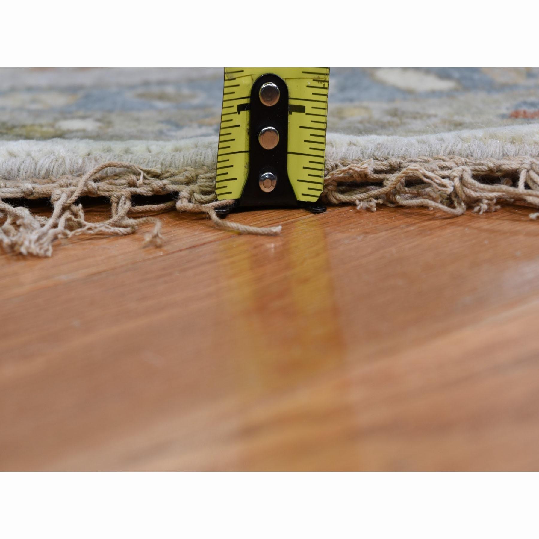 10-x10- Round Ivory Karajeh Design Pure Wool Hand Knotted Oriental Rug