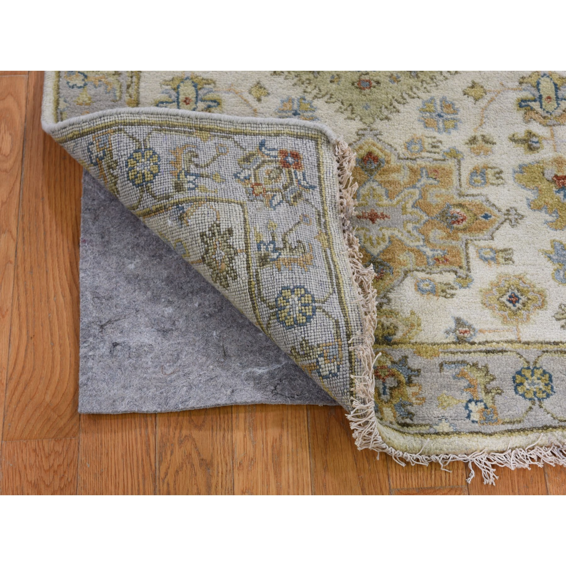 """2'8""""x8' Ivory Karajeh Design Pure Wool Hand Knotted Oriental Rug"""