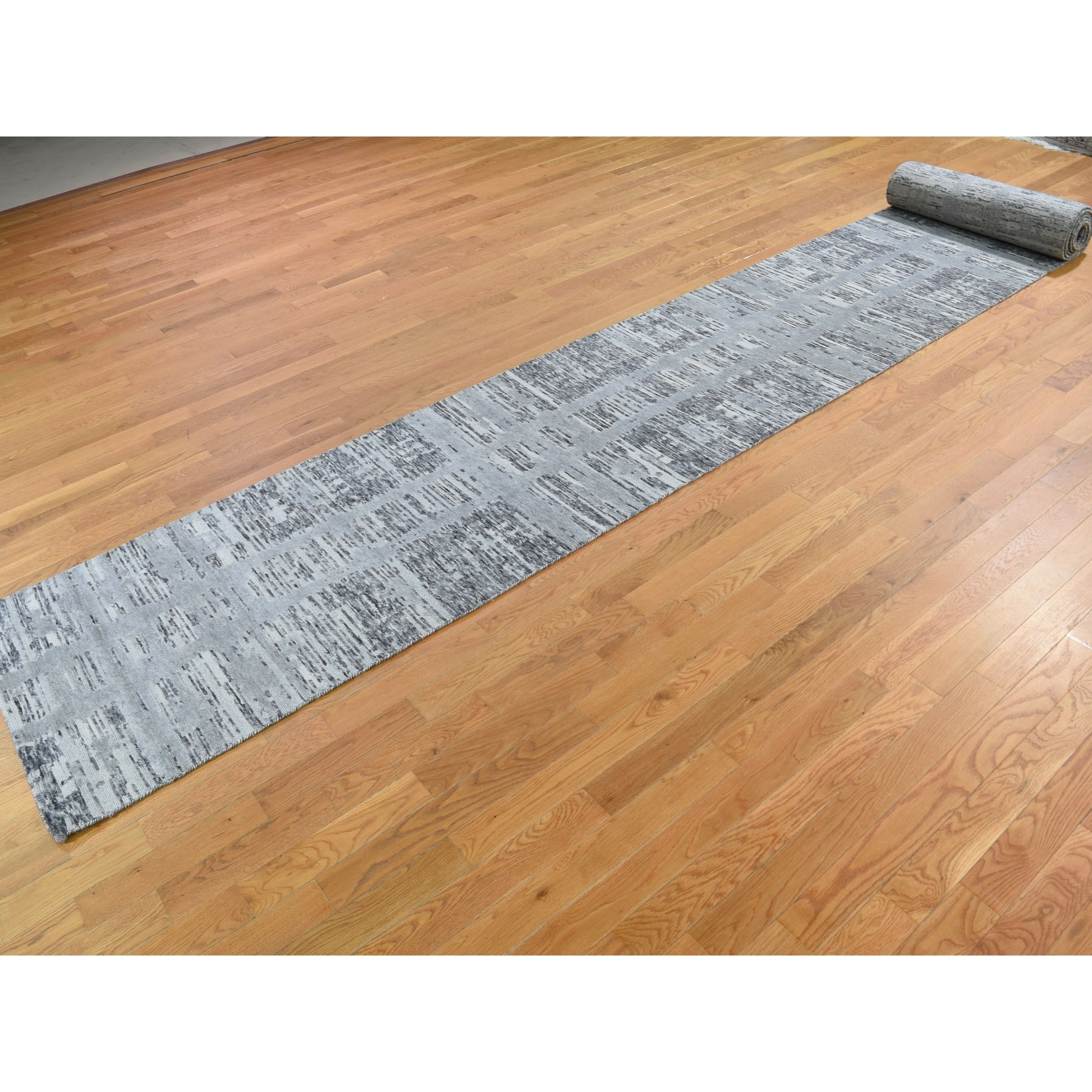 """2'7""""x23'5"""" Hand Spun Gray Undyed Natural Wool Modern XL Runner Oriental Hand Knotted Rug"""