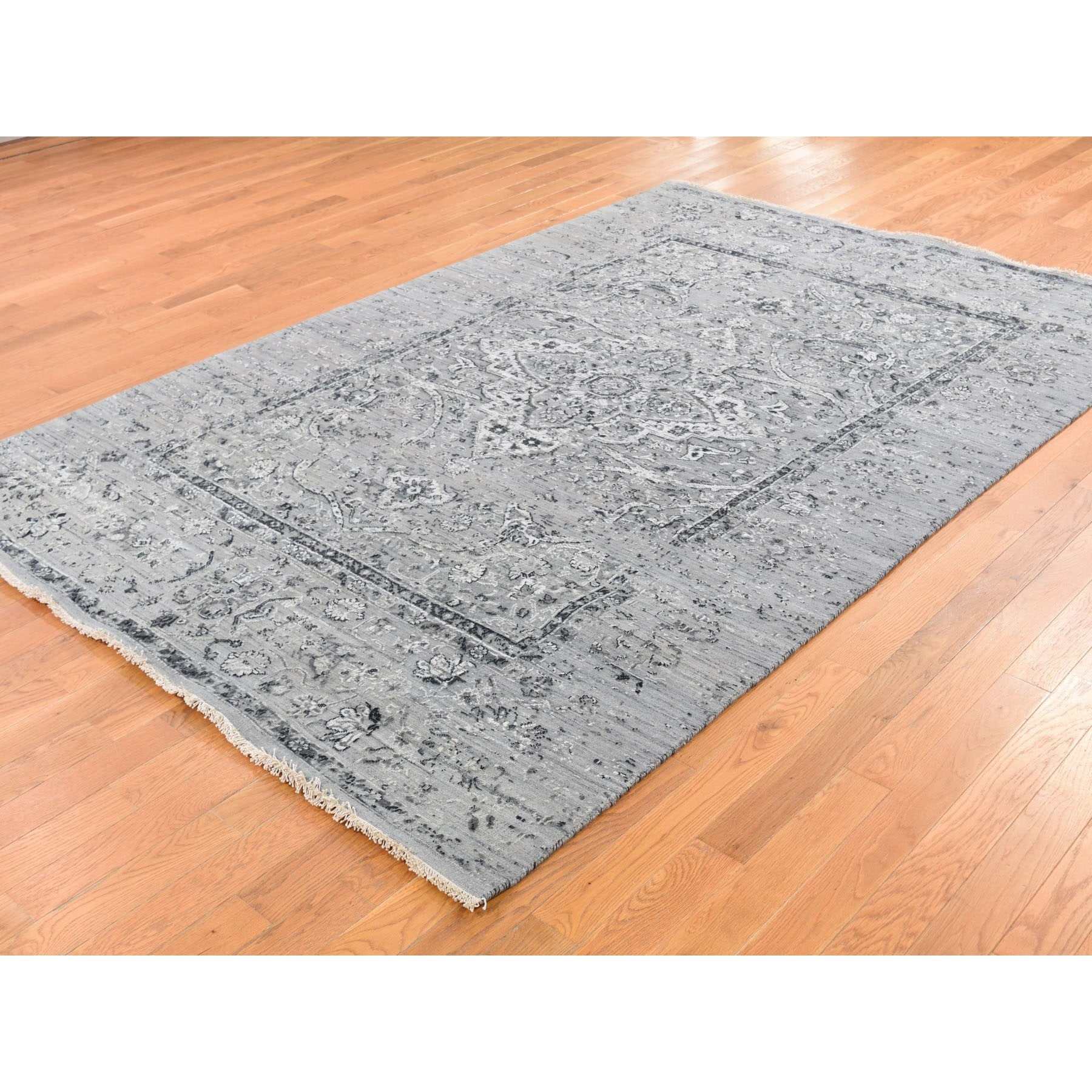 6'x9' Gray Broken Persian Erased Design Silk With Textured Wool Hand Knotted Oriental Rug