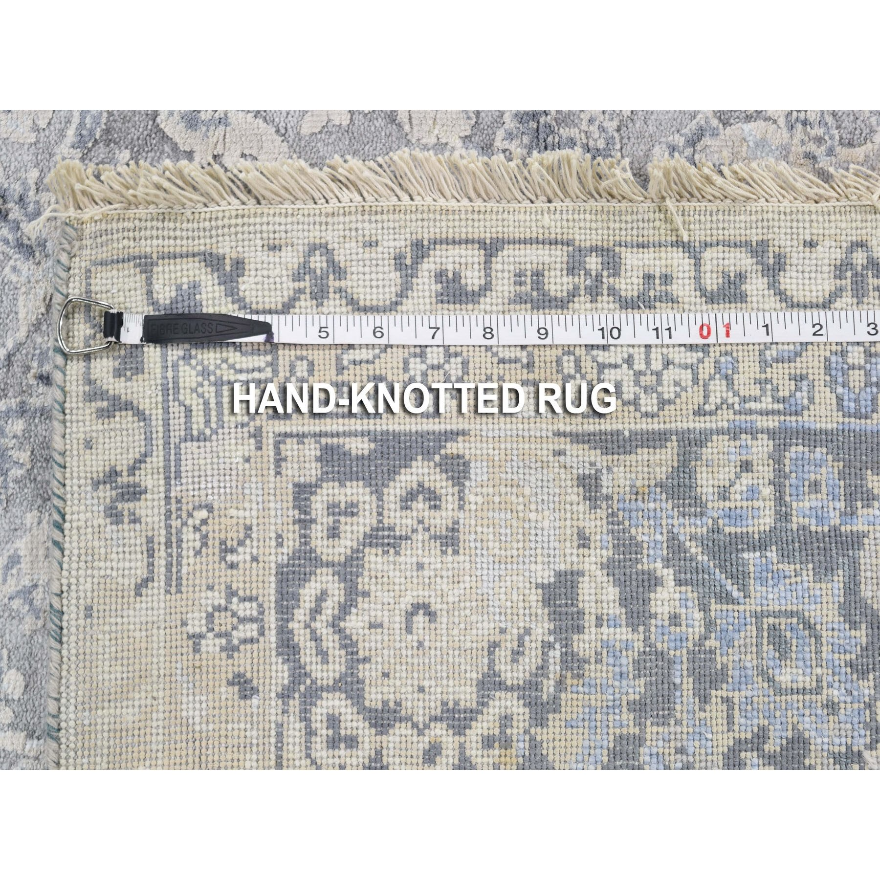 5-x7- Gray Broken Persian Design With Pure Silk Hand Knotted Oriental Rug