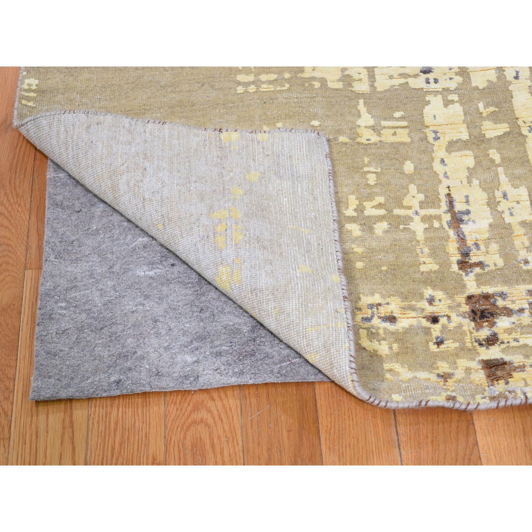 """8'x9'10"""" Yellow Abstract Design Silk With Textured Wool Hand Knotted Oriental Rug"""