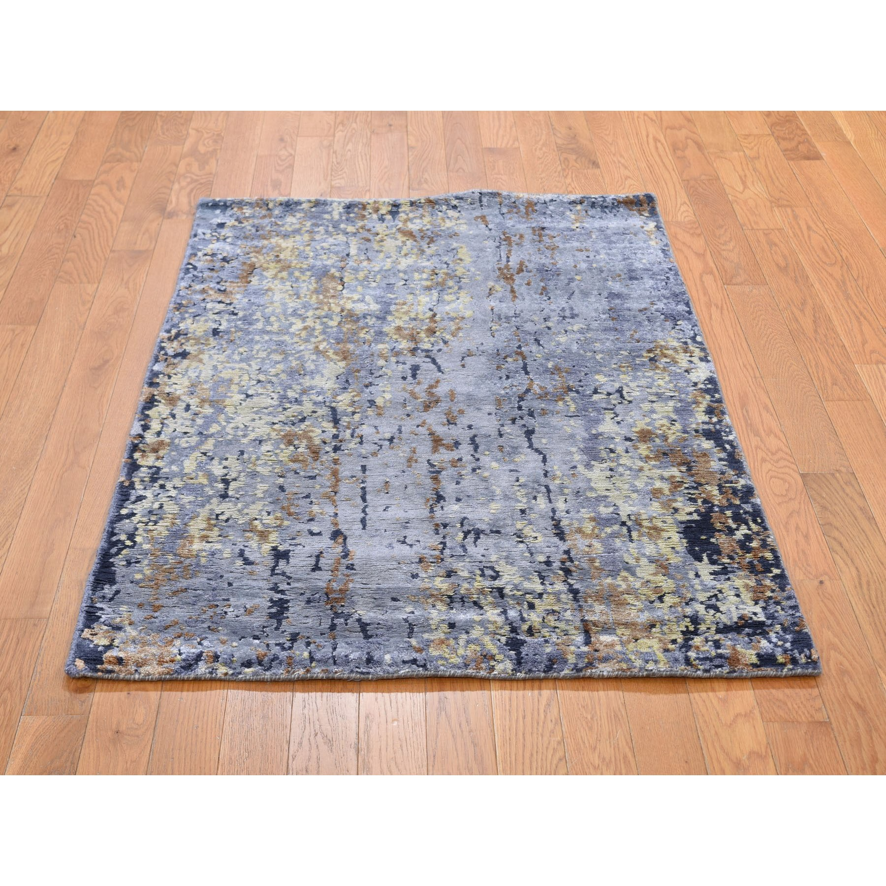 "3'1""x4'9"" Gray Abstract Design Wool and Silk Hi-Low Pile Hand Knotted Oriental Rug"