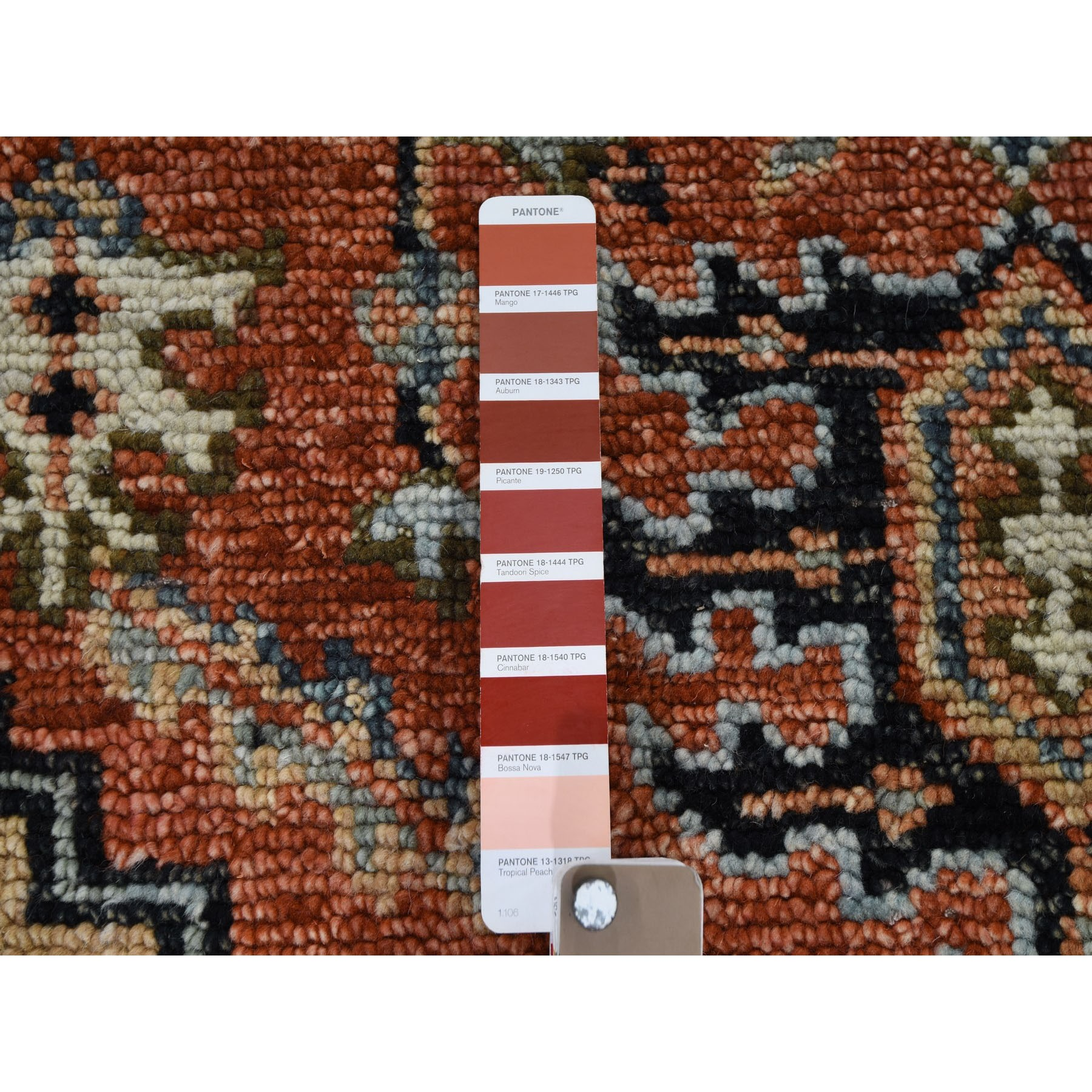 "8'2""x9'10"" Coral Supple Collection Heriz Design Soft Wool Hand Knotted Oriental Rug"