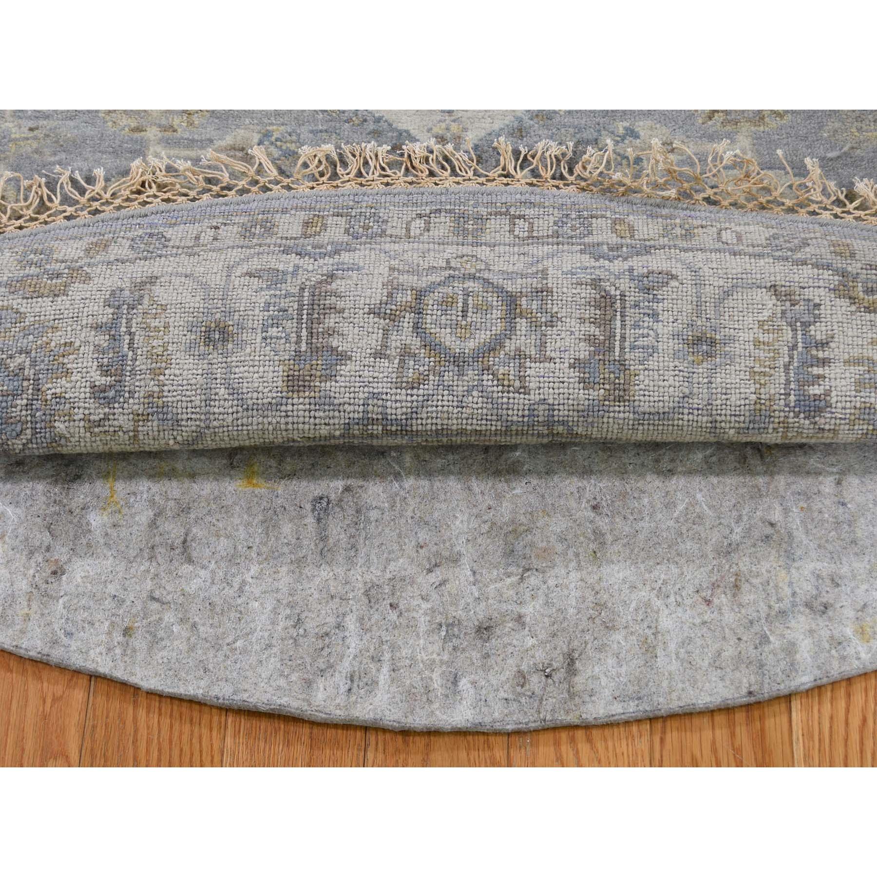 "6'2""x6'2"" Gray Karajeh Design Pure Wool Hand-Knotted Round Oriental Rug"