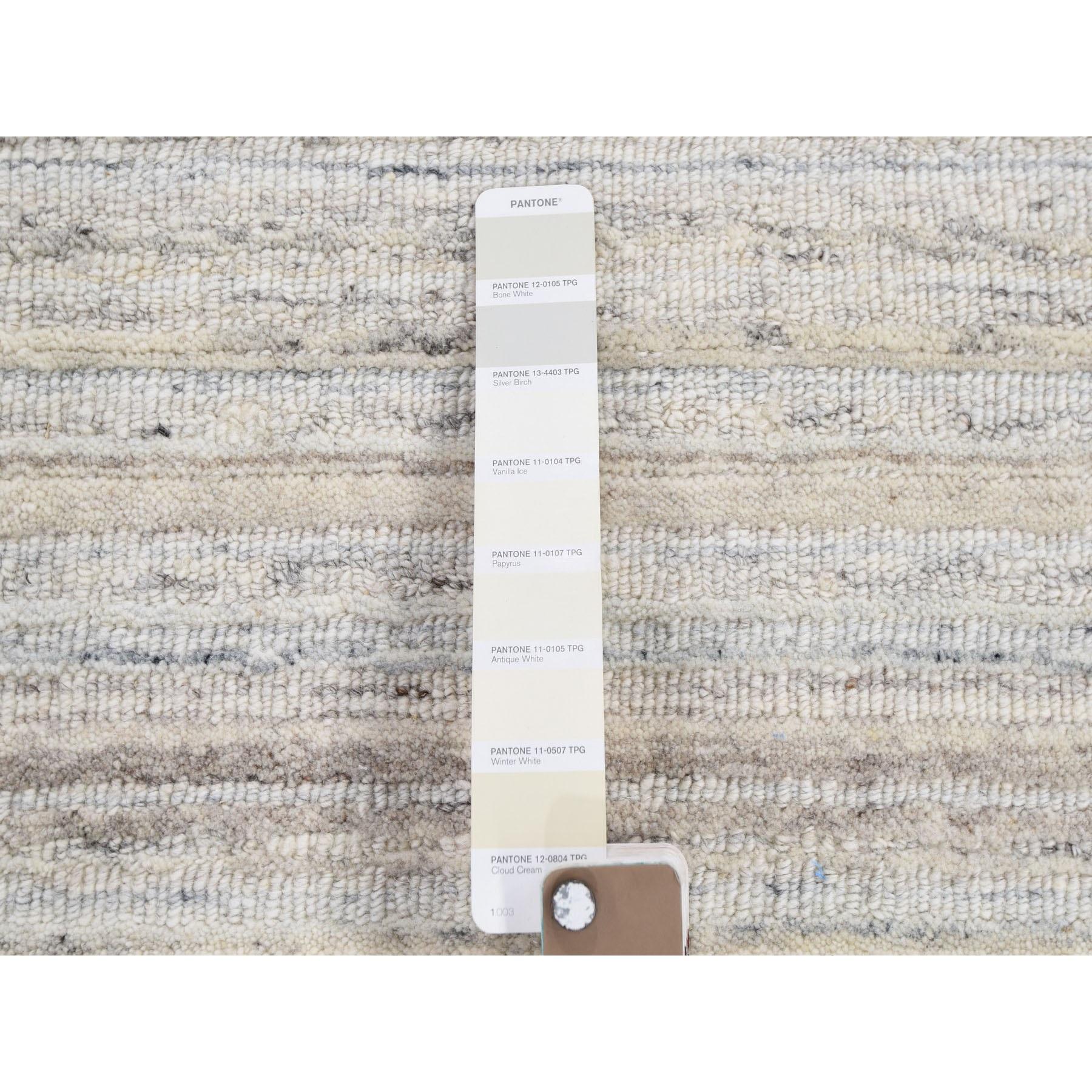 9'x12' Ivory Plain Modern Pure Wool Hand Loomed Oriental Rug