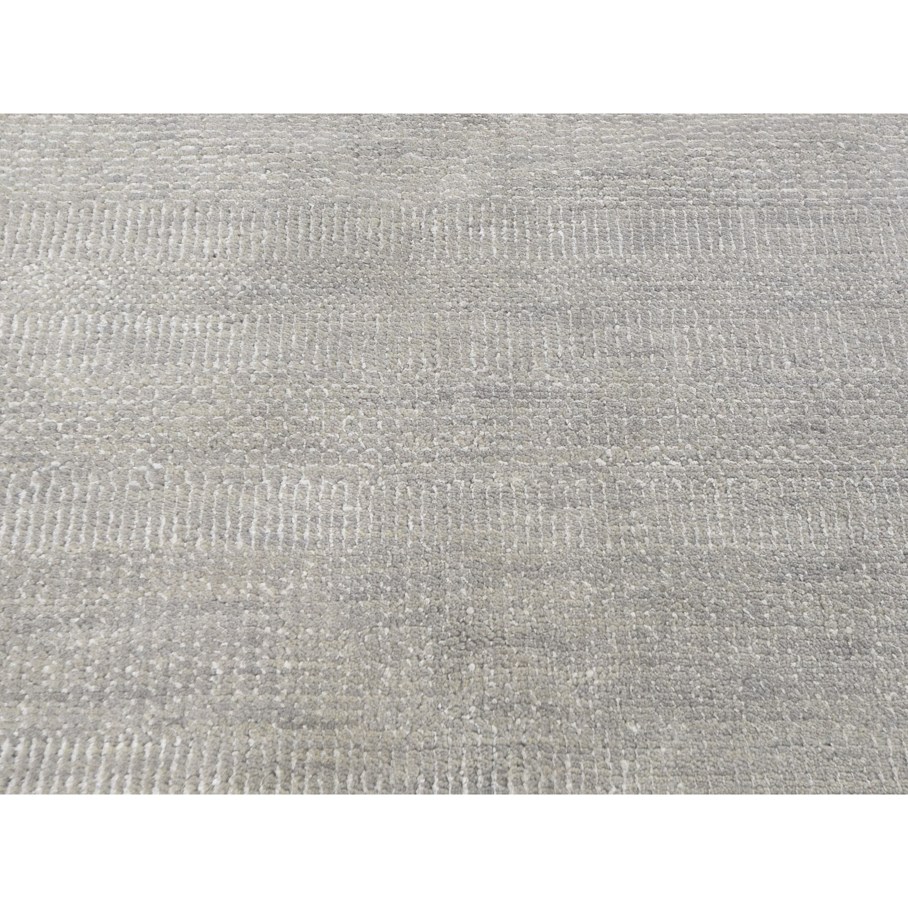 "9'2""x11'9"" Gray Wool and Silk Grass Design Thick And Plush Hand Knotted Oriental Rug"