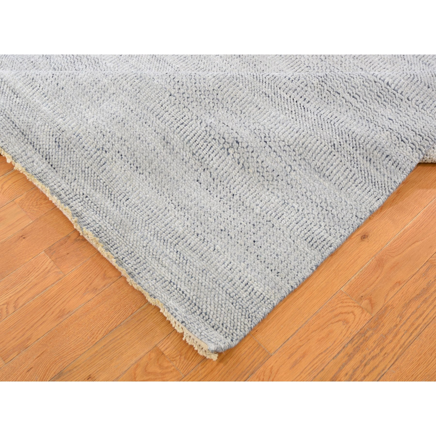 10-3 x14- Gray Grass Design Thick And Plush Wool And Silk Hand Knotted Oriental Rug