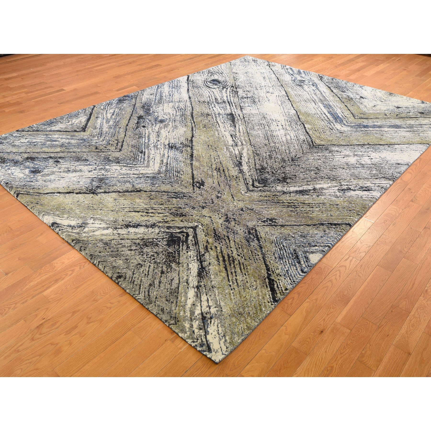 """9'x12'1"""" Wood Trunk Design Silk With Textured Wool Hand Knotted Oriental Rug"""