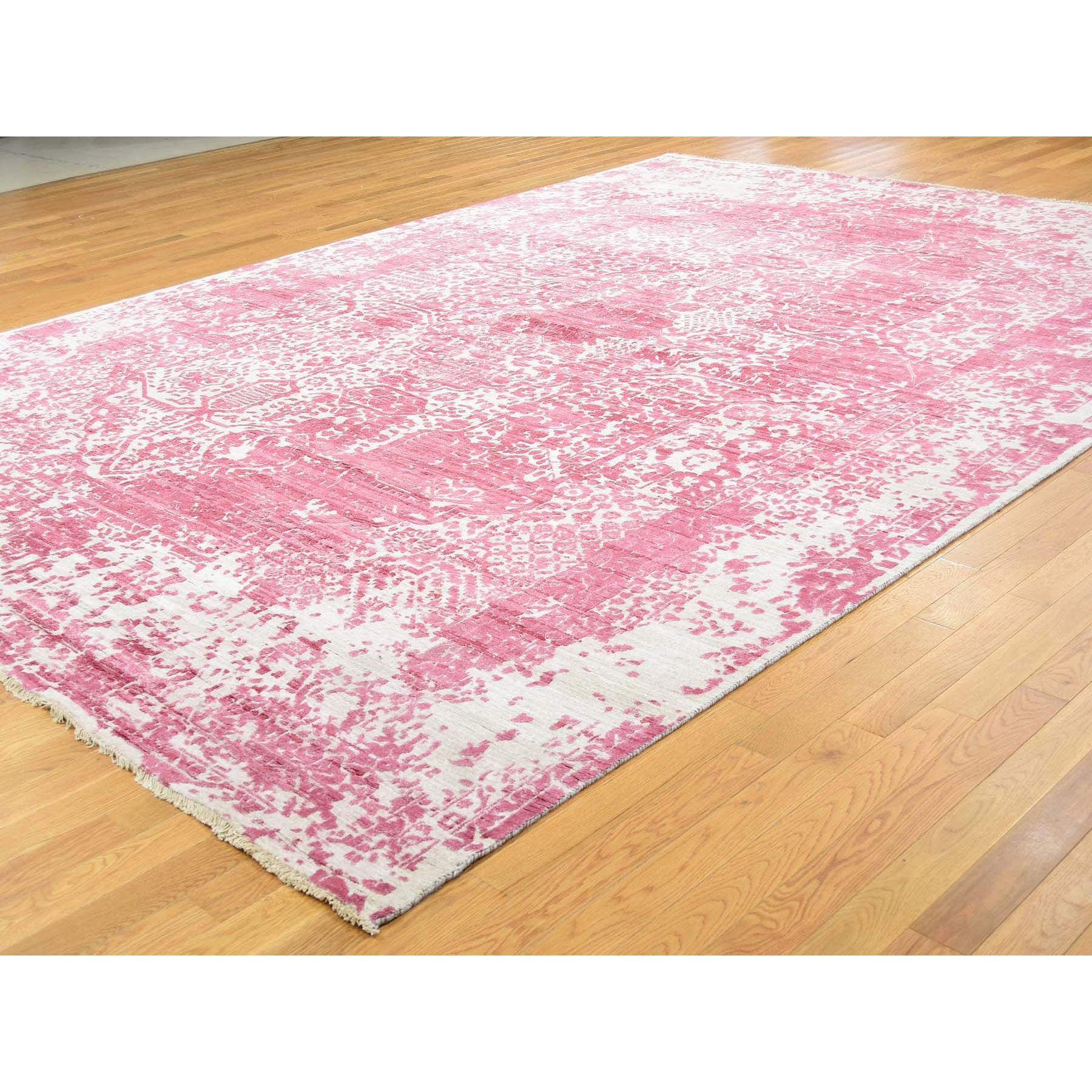 """8'10""""x11'9"""" Broken Persian Design Wool And Pure Silk Hand Knotted Oriental Rug"""