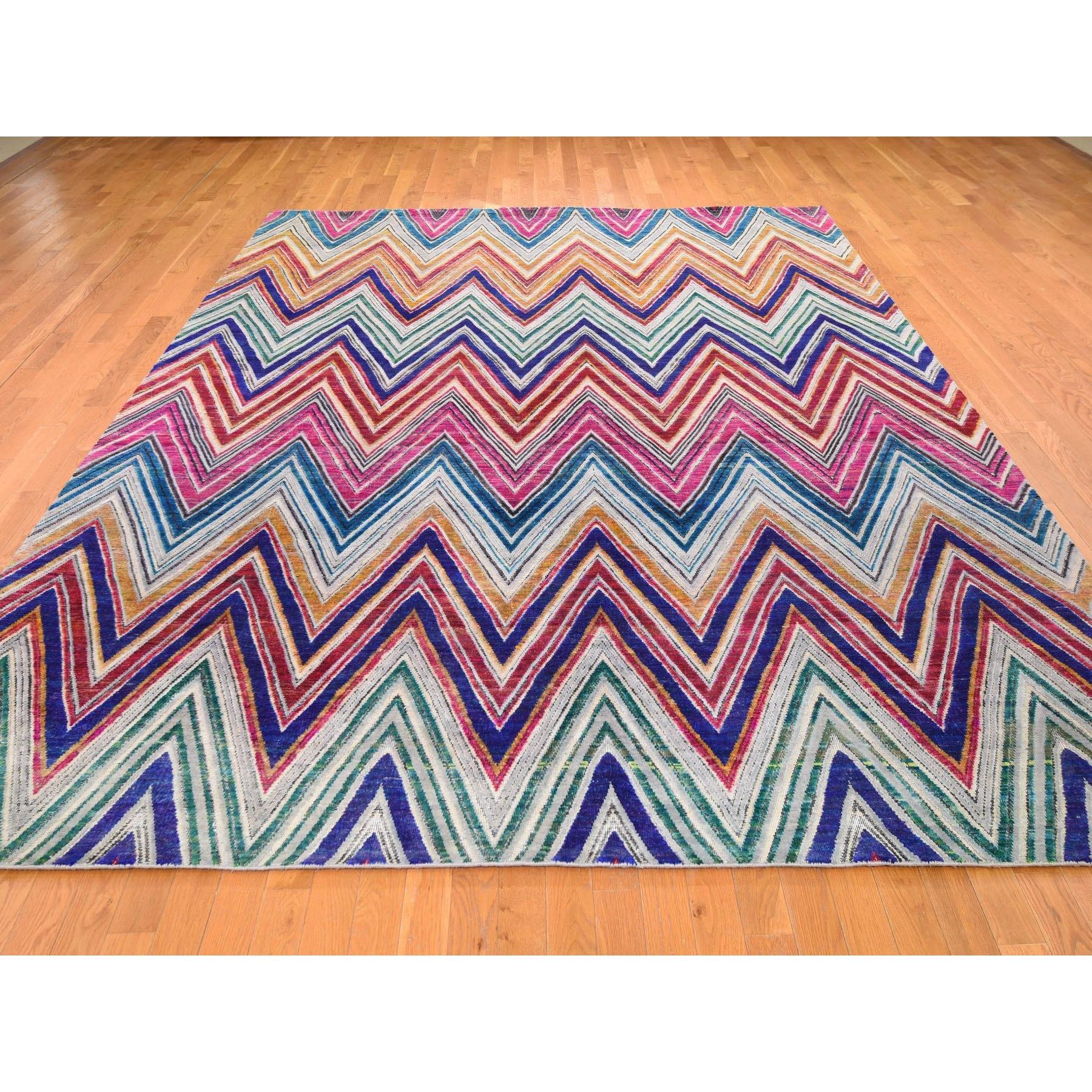 9-x12- Hand Knotted Chevron Design Sari Silk with Textured Wool Oriental Rug