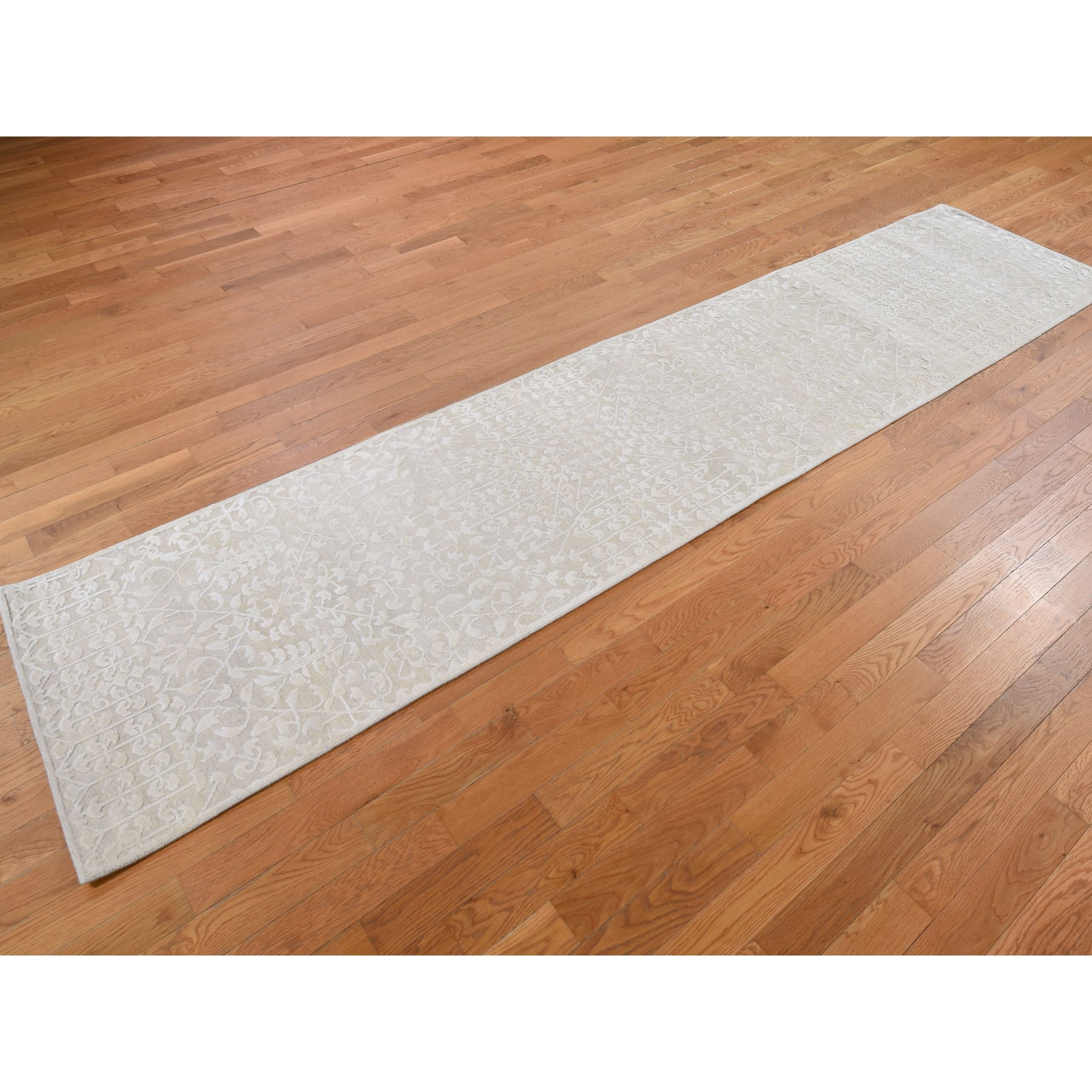 2-6 x11-8  Hand knotted Tone on Tone Pure Silk with Textured Wool Runner Oriental Rug