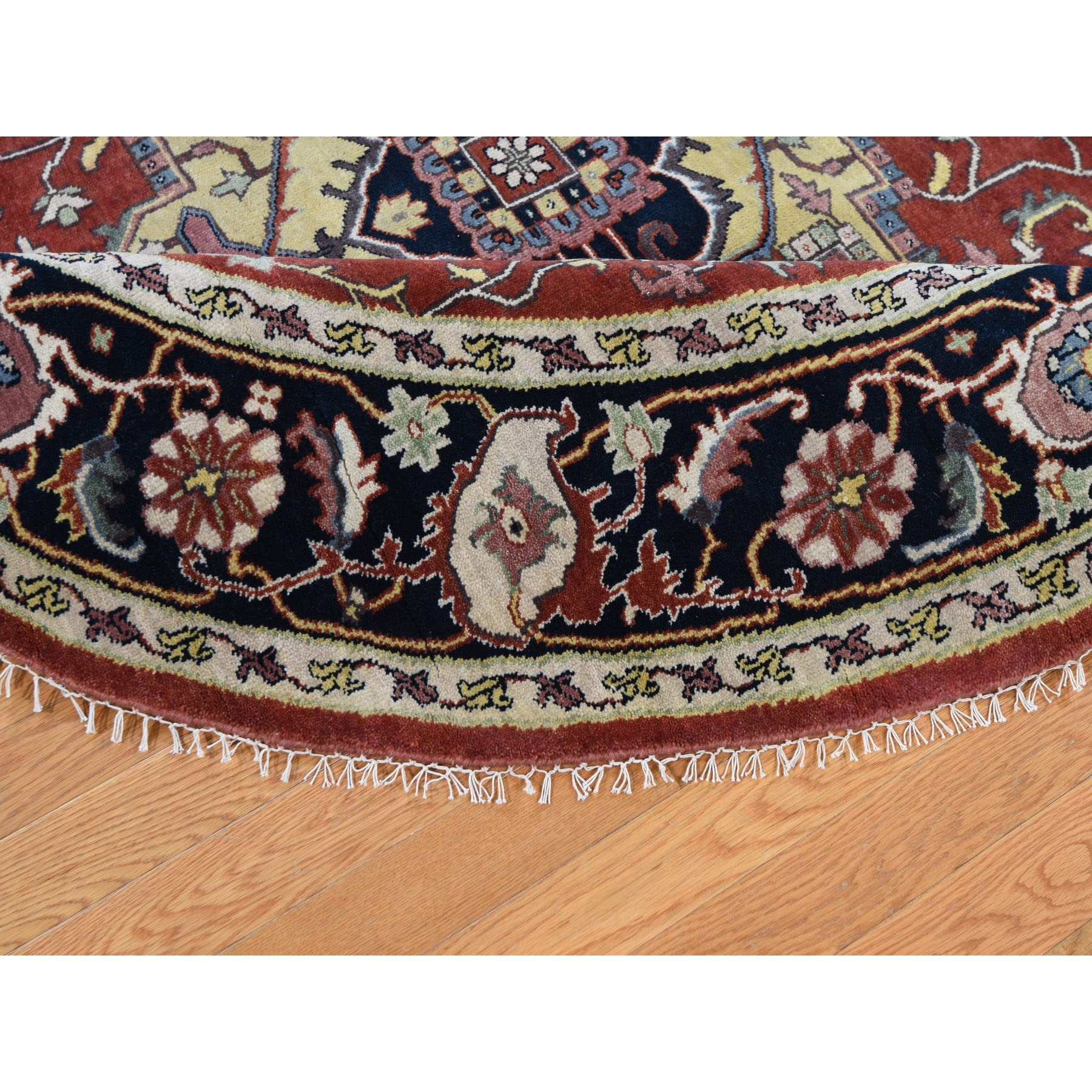 7-10 x7-10  Round Red Heriz Revival Pure Wool Hand Knotted Oriental Rug