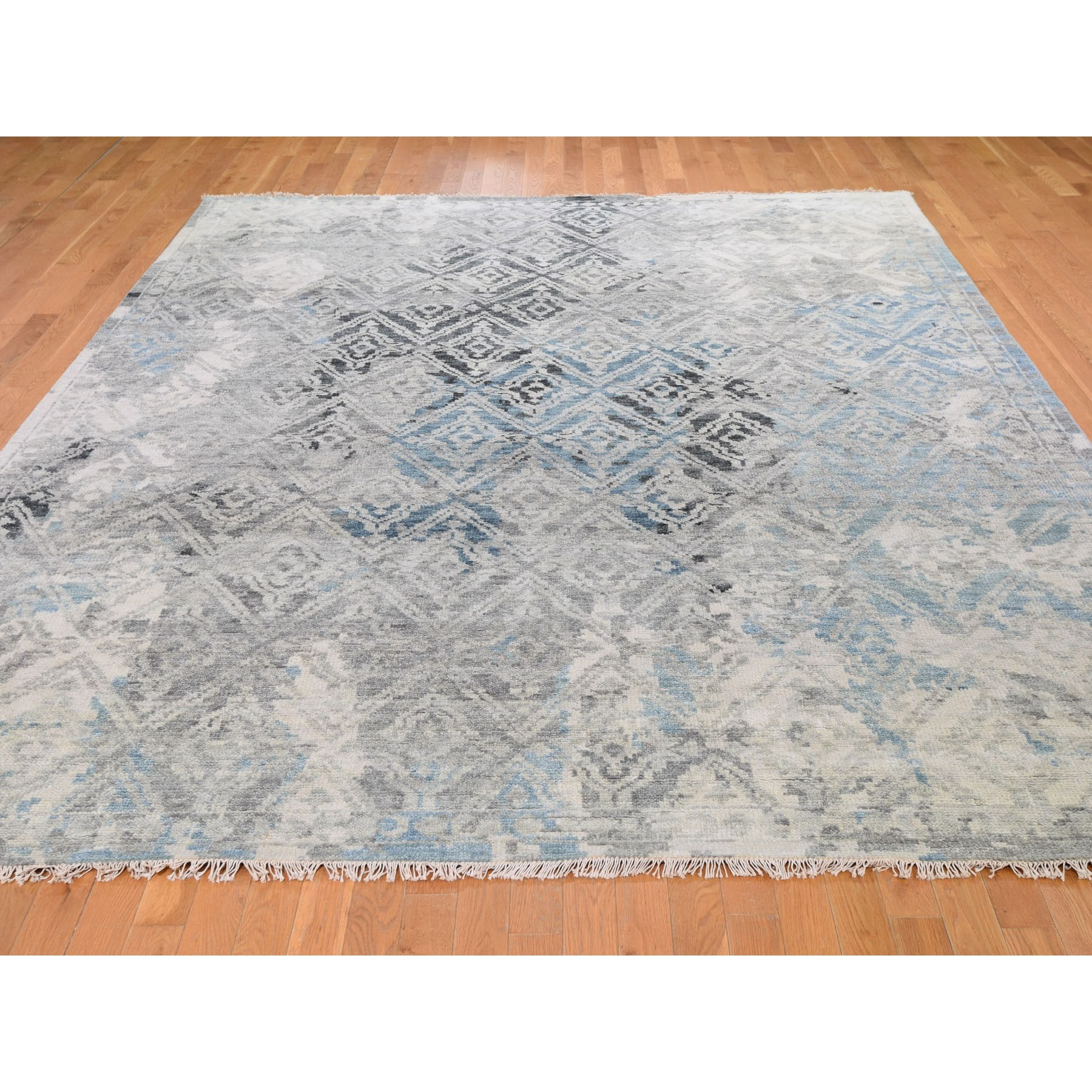 """9'x11'9"""" Gray Supple Collection Erased Mughal Design Hand Knotted Oriental Rug"""