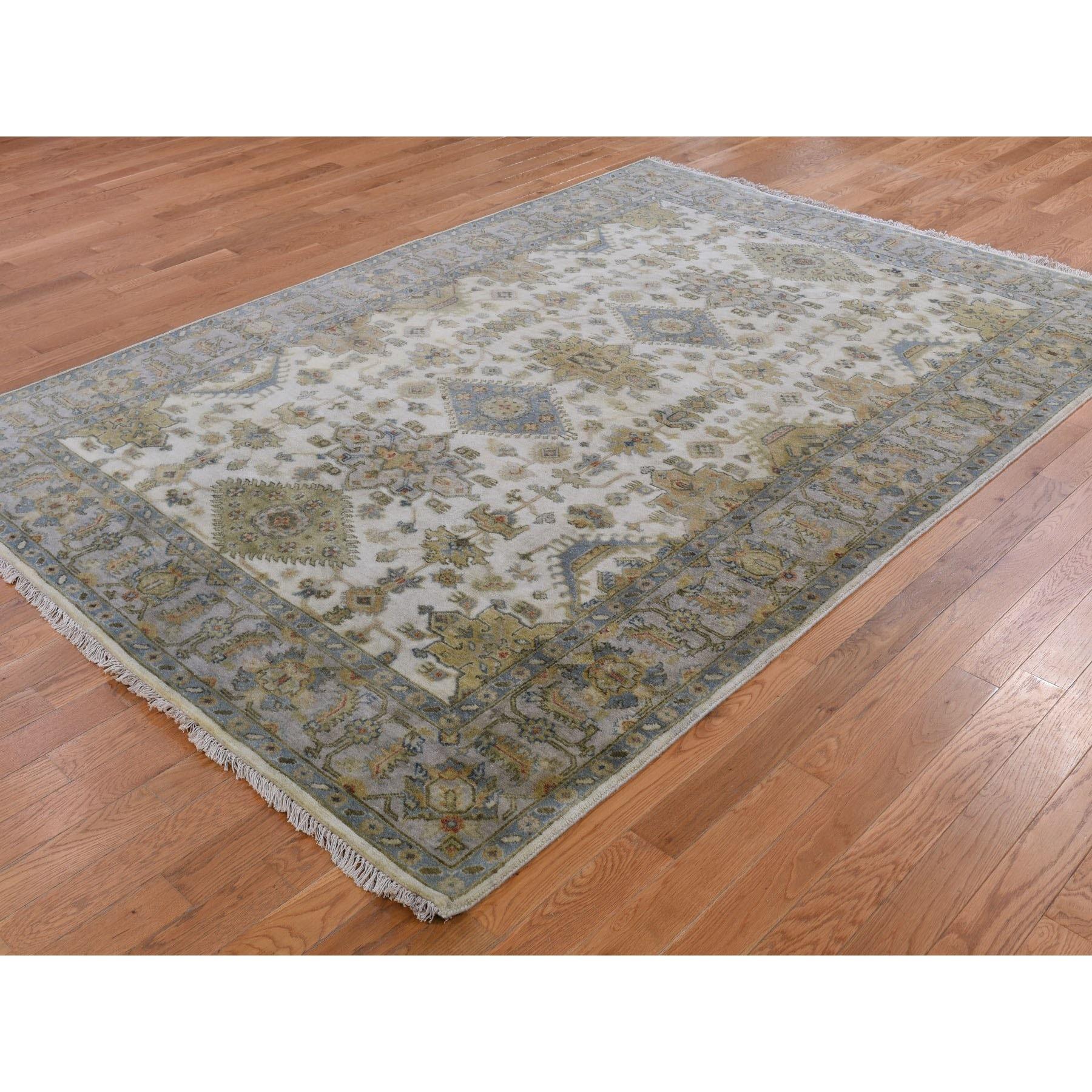 """5'x6'10"""" Ivory Karajeh Design Pure Wool Hand Knotted Oriental Rug"""