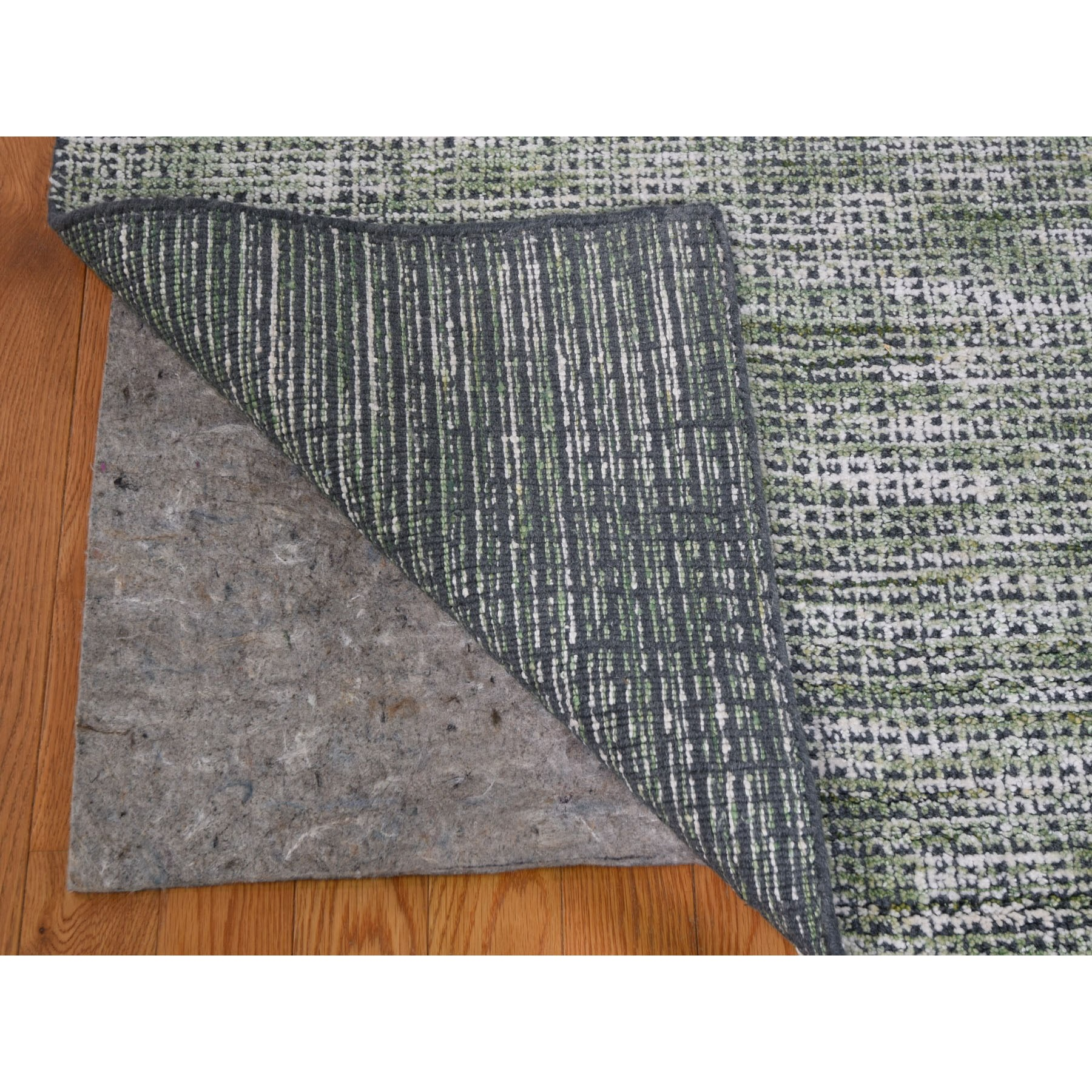 8-1 x10-2  Fence Design With Greens Wool And Art silk Tone On Tone Hand Loomed Oriental Rug