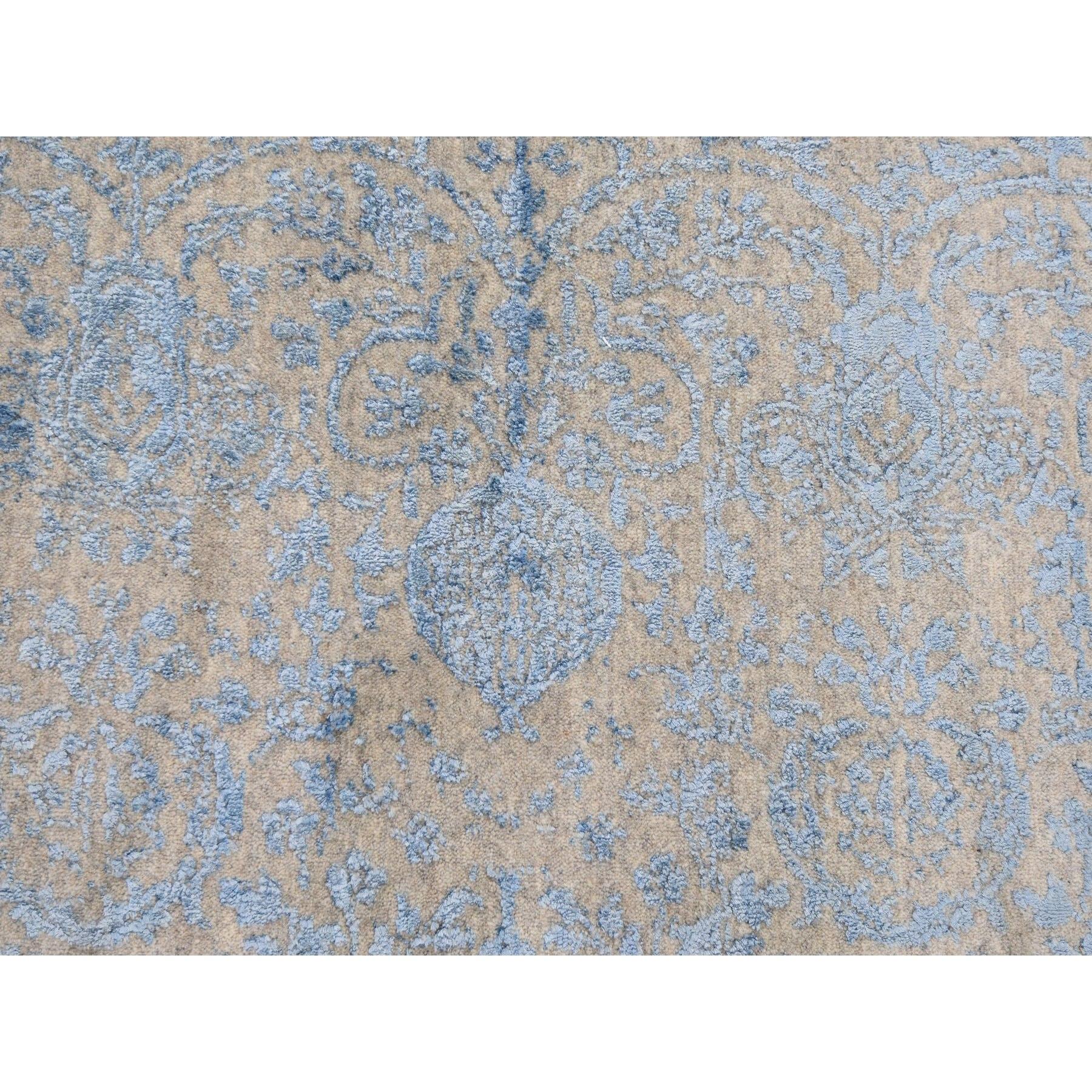 5-10 x8-9  Hand Loomed Broken Pomegranate Design Tone on Tone Oriental Rug
