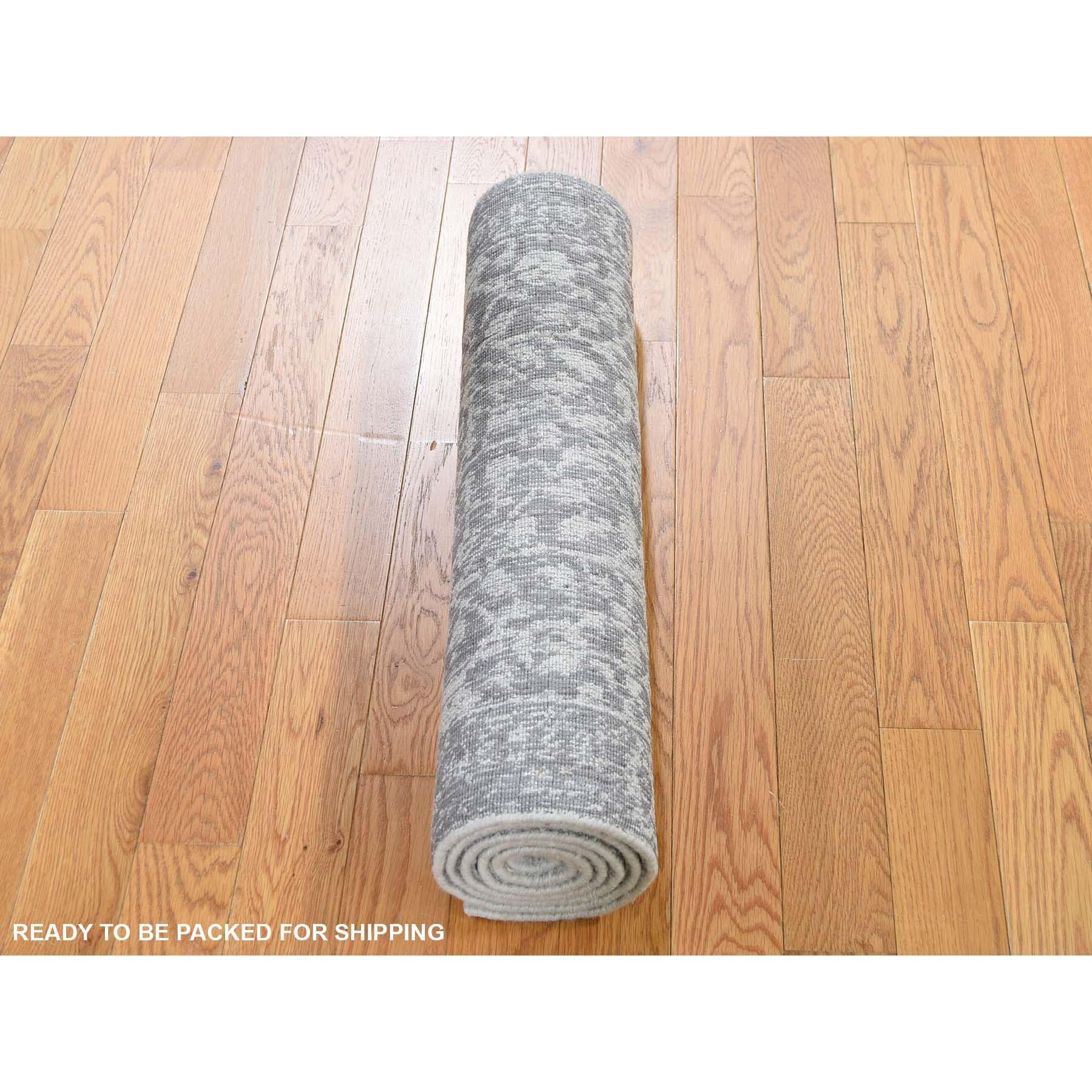 "2'5""x6' jacquard Hand-Loomed Gray Broken Cypress Tree Design Silken Thick And Plush Runner Oriental Rug"
