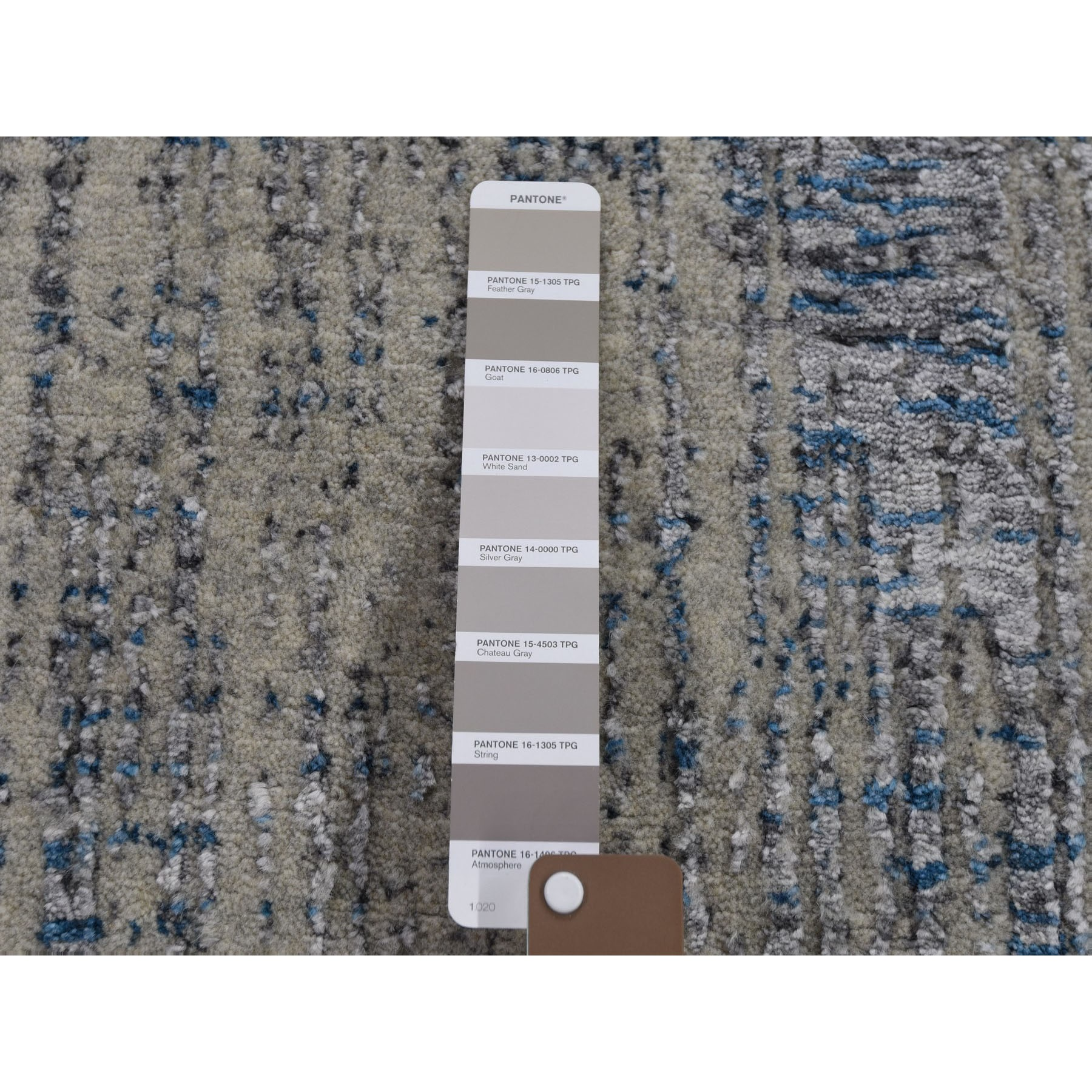 "2'5""x11'8"" Gray Fine jacquard Hand-Loomed Modern Wool And Silk Runner Oriental Rug"