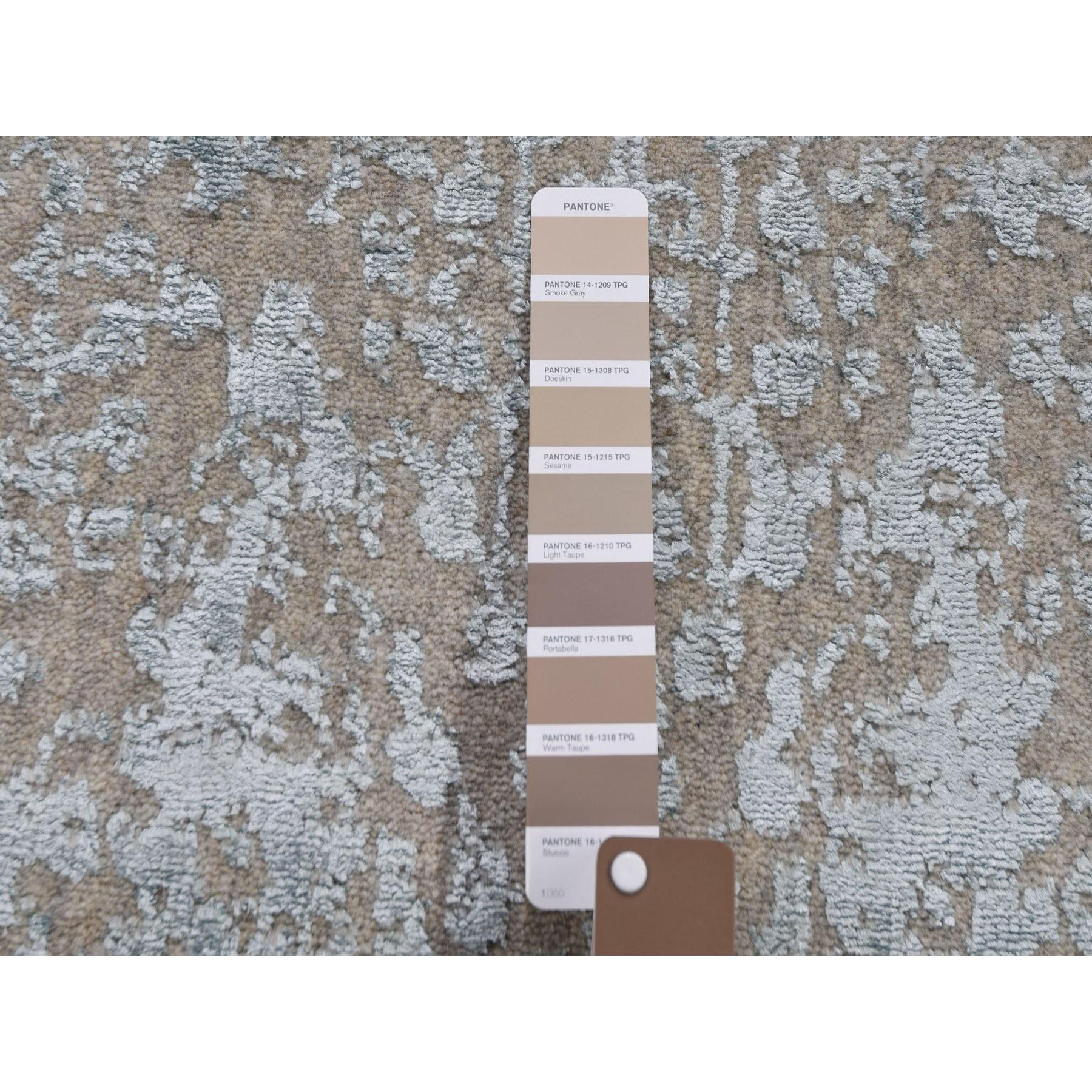 "2'5""x10'1"" Gray Jacquard Hand Loomed Wool And Art Silk Heriz Design Runner Oriental Rug"