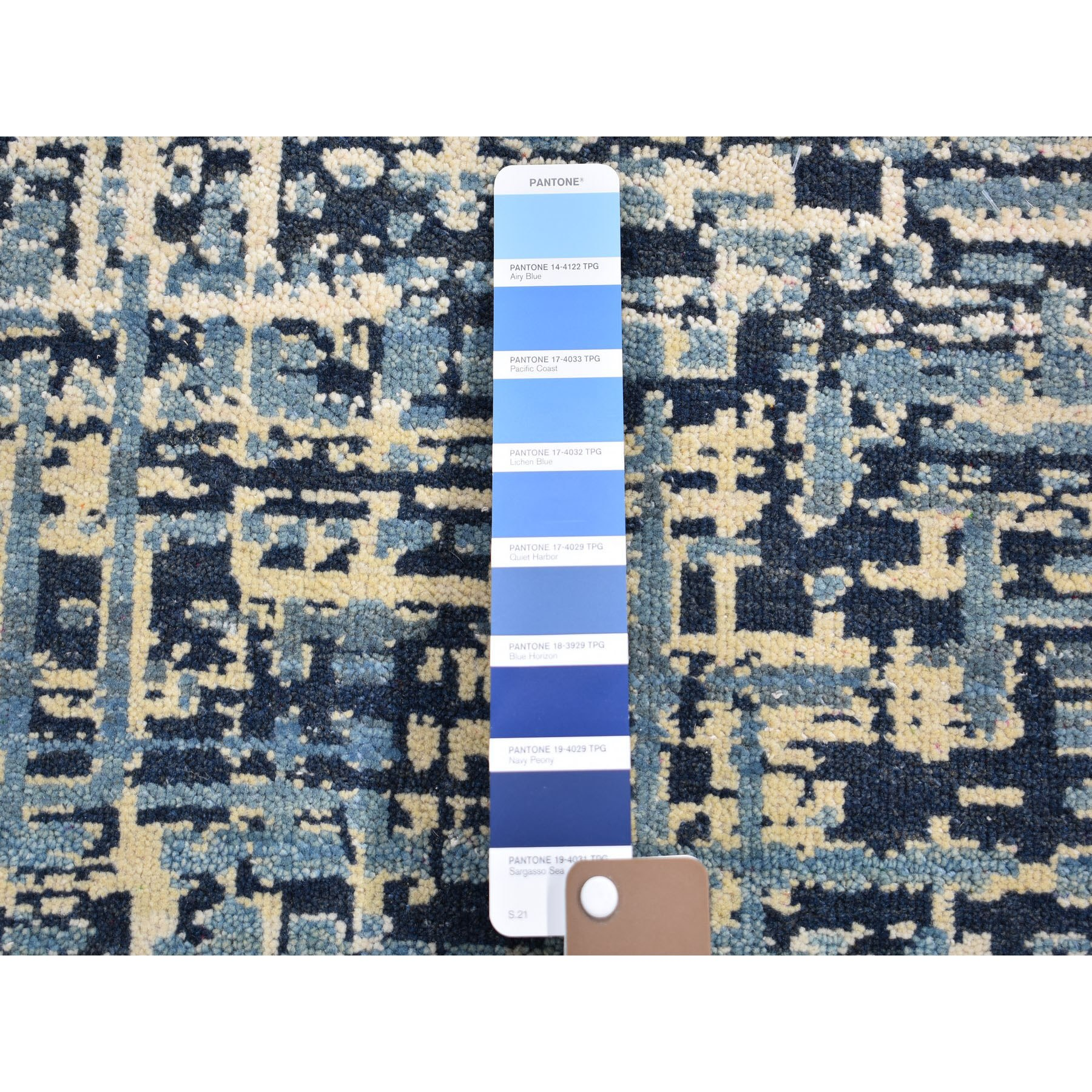 2'x3' Blue Hand Knotted Pure Wool Modern Hand Knotted Oriental Rug