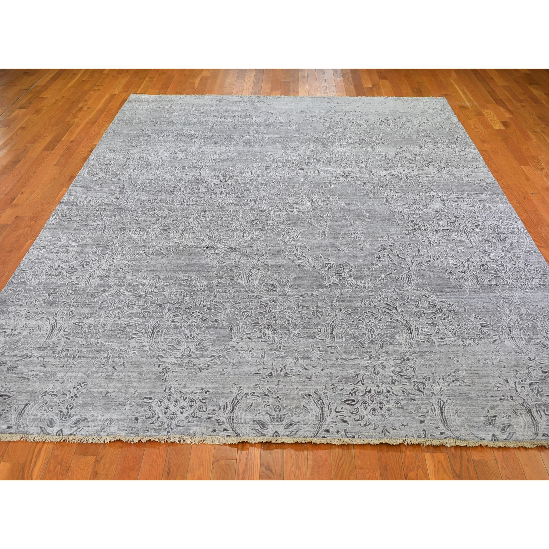 9-x12- Gray Damask Tone On Tone Wool and Silk Hand Knotted Oriental Rug