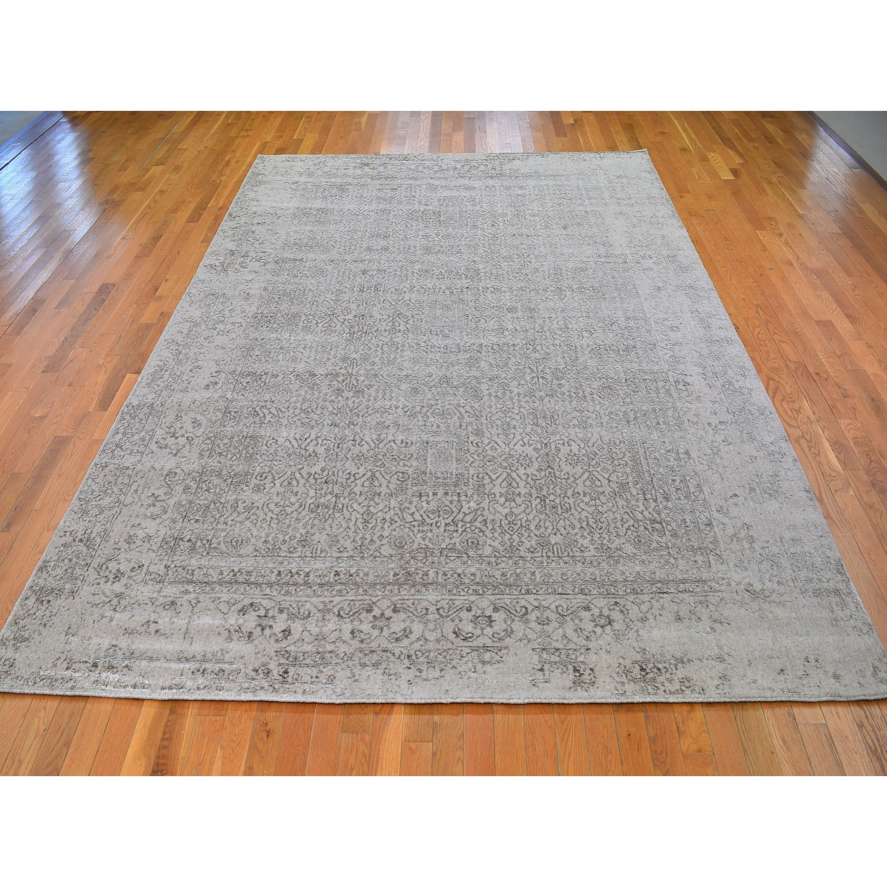 8-10 x12-1  Taupe Fine Jacquard Hand Loomed Modern Wool And Art Silk Oriental Rug