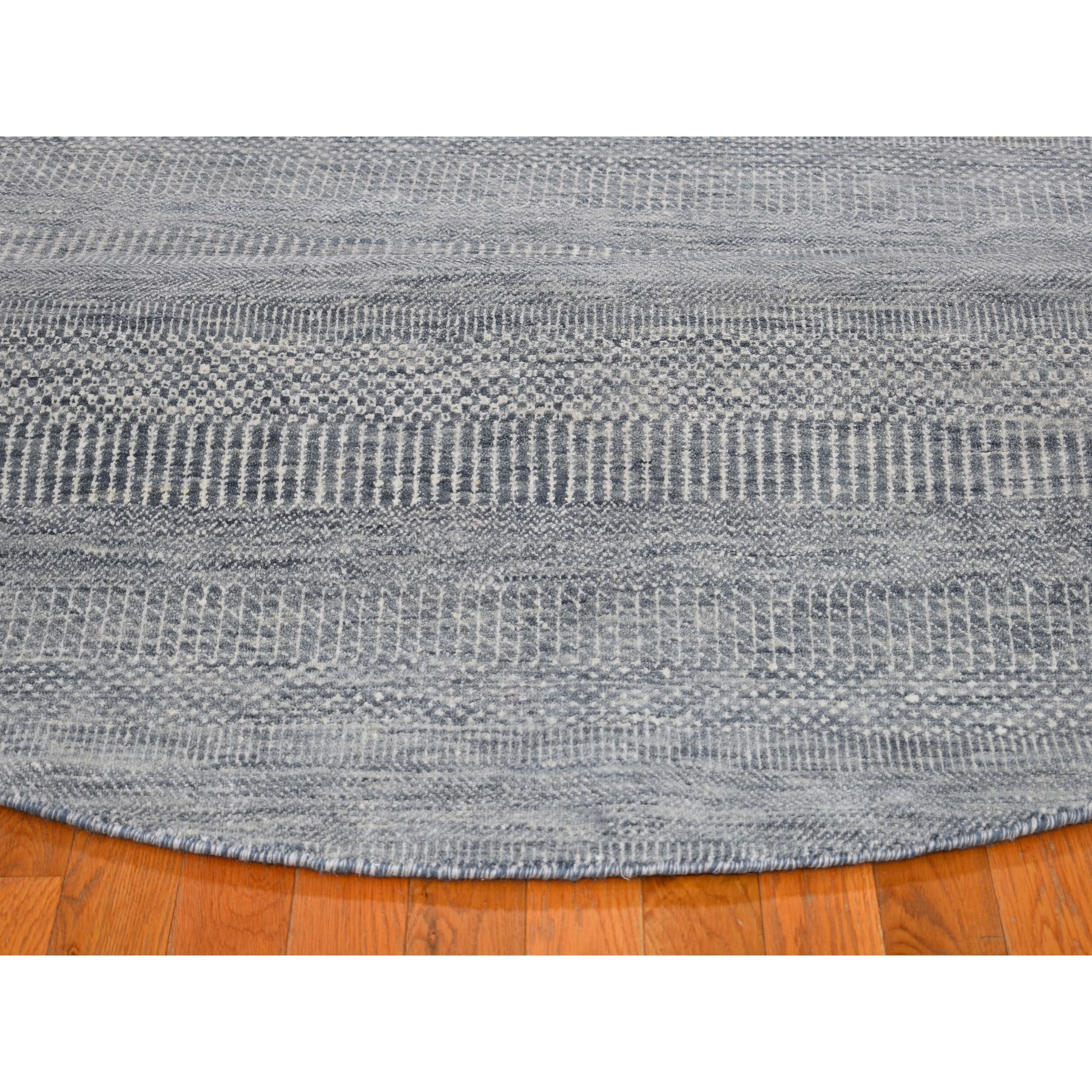 8-x8- Round Gray Grass Design Wool And Silk Hand Knotted Oriental Rug