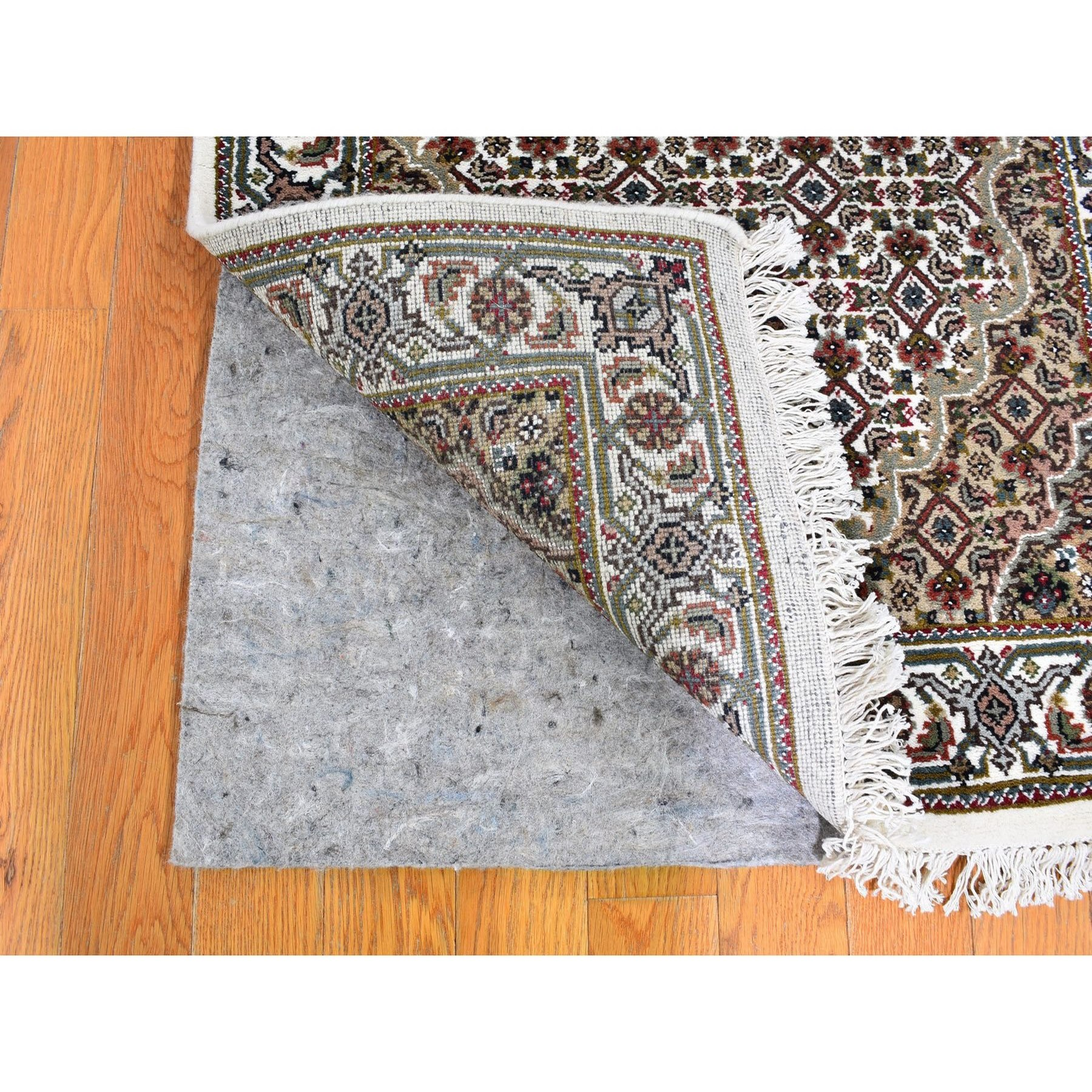 2-8 x8-6  Ivory Runner Wool And Silk Tabriz Mahi Design Hand Knotted Oriental Rug