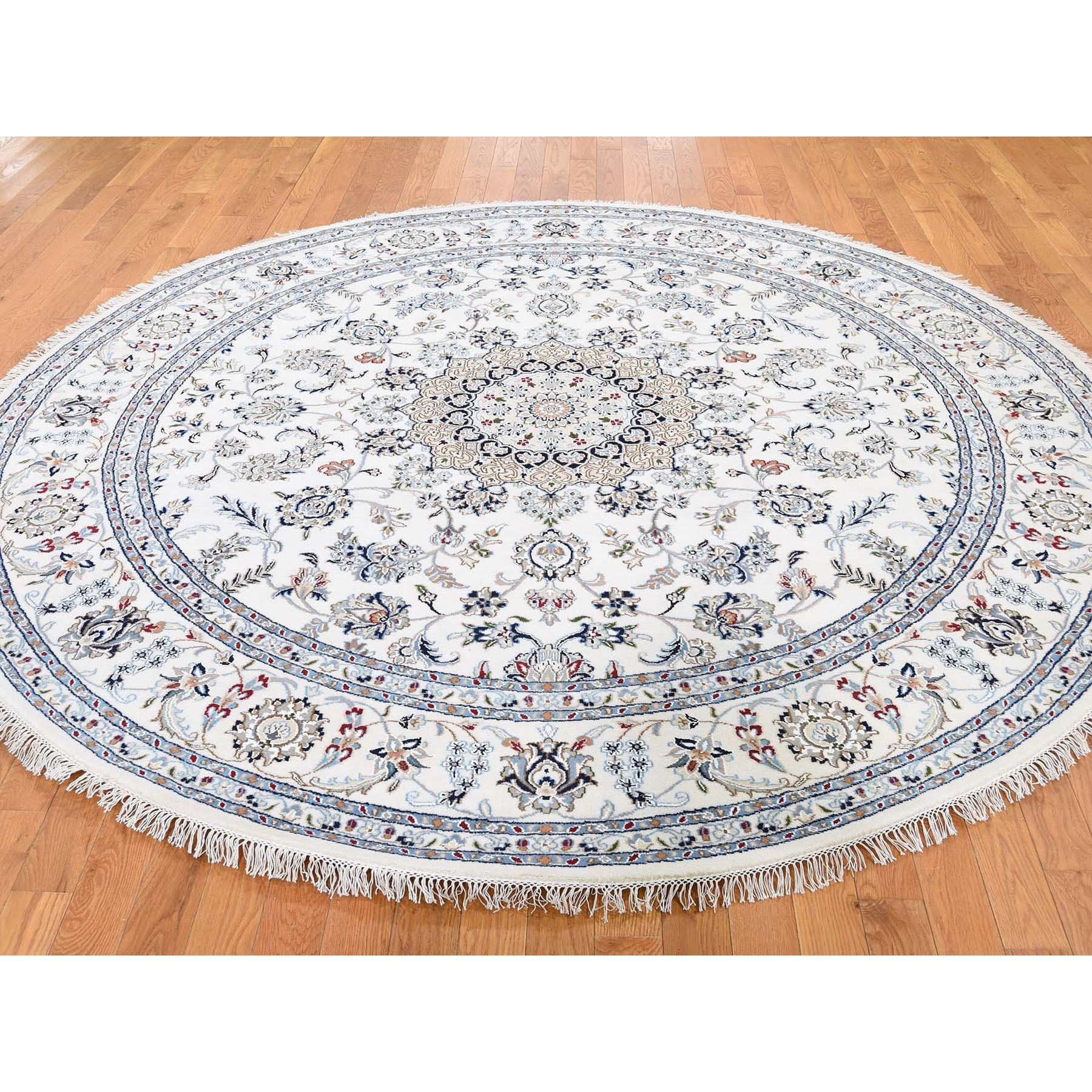 """6'10""""x6'10"""" Round Wool And Silk 250 KPSI Ivory Nain Hand Knotted Oriental Rug"""