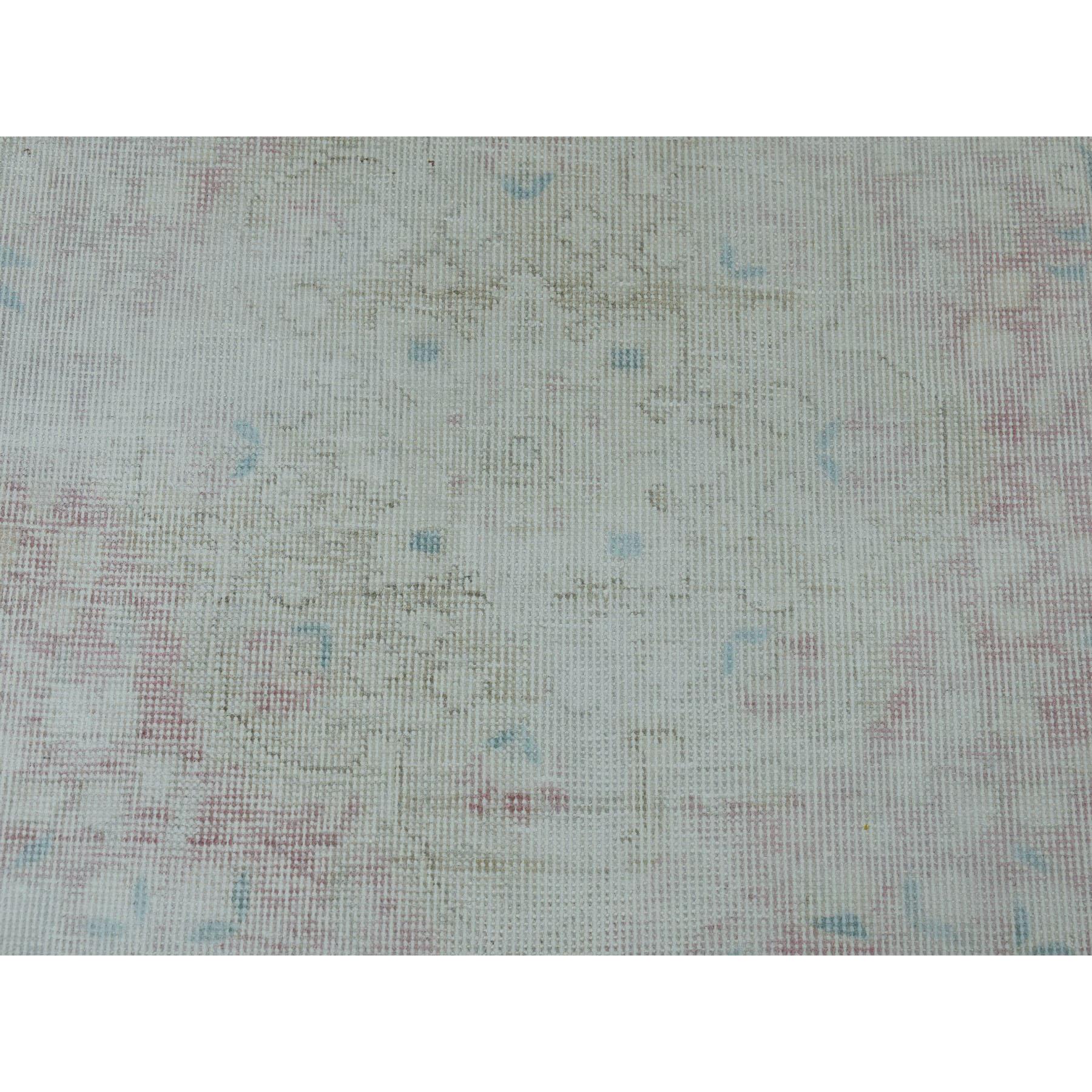 3-x4-5  Vintage White Wash Tabriz Worn Wool Hand-Knotted Oriental Rug