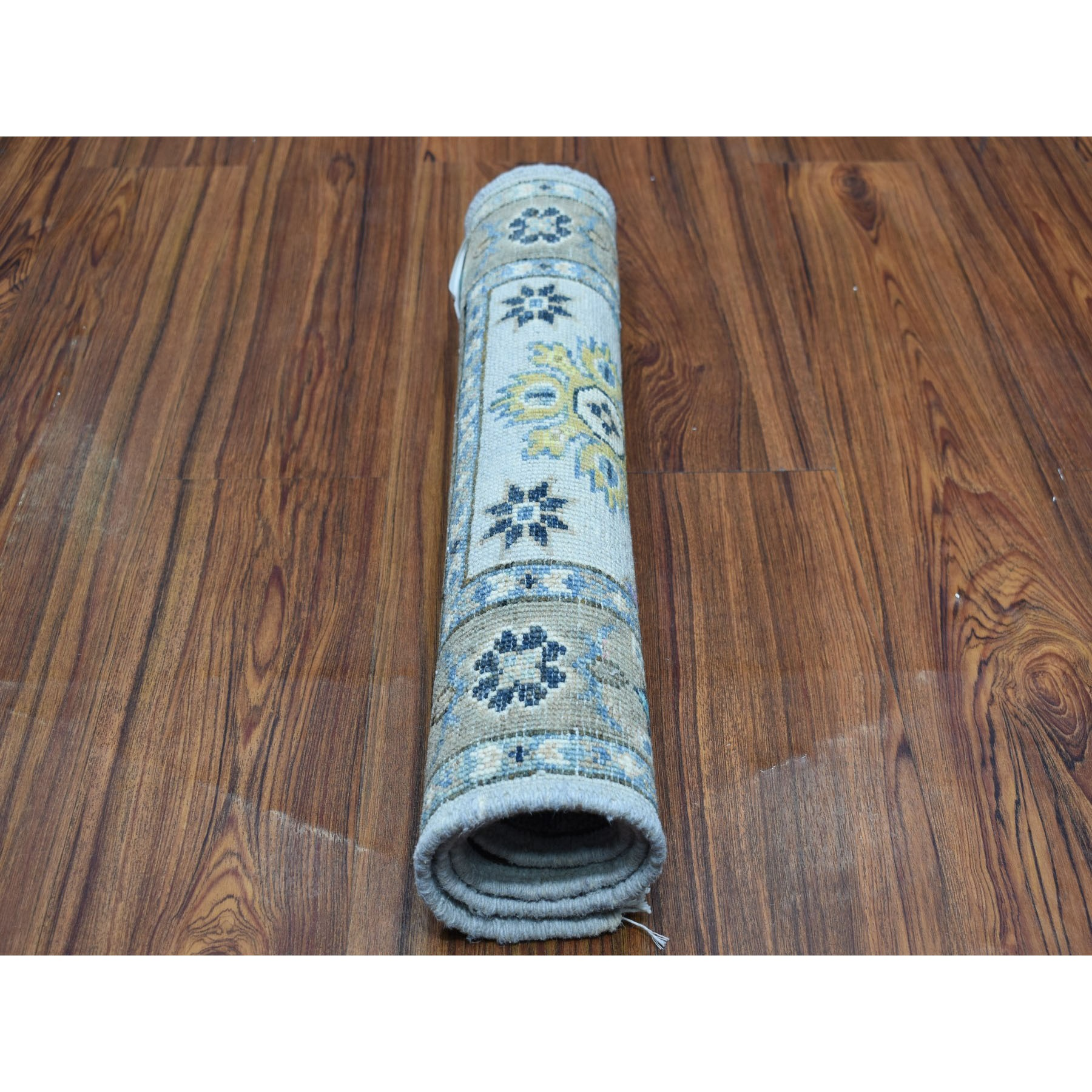 """2'x2'9"""" Colorful Ivory Fusion Kazak Pure Wool Hand Knotted Oriental Rug"""