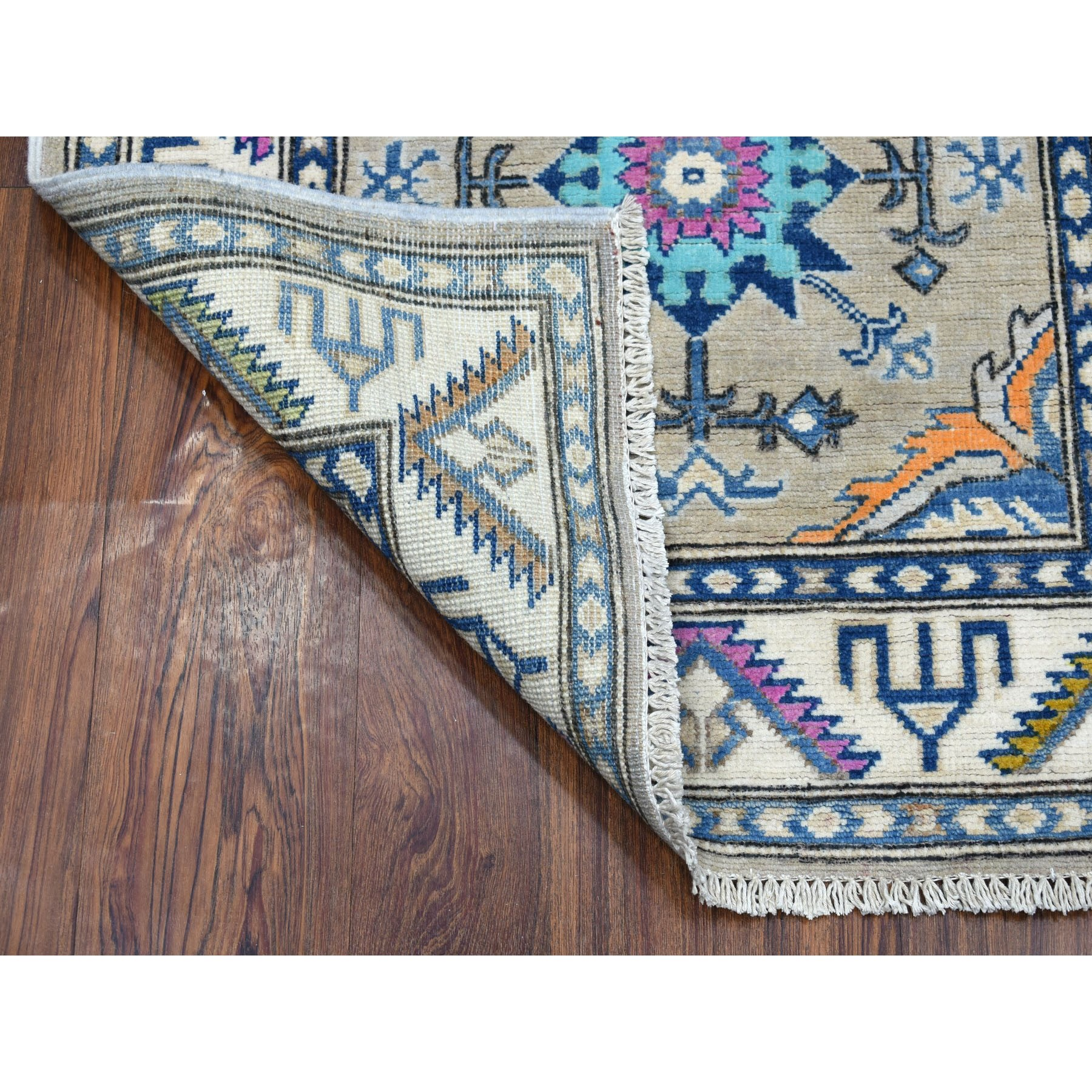 """2'8""""x5'9"""" Colorful Gray Fusion Kazak Pure Wool Hand Knotted Runner Oriental Rug"""