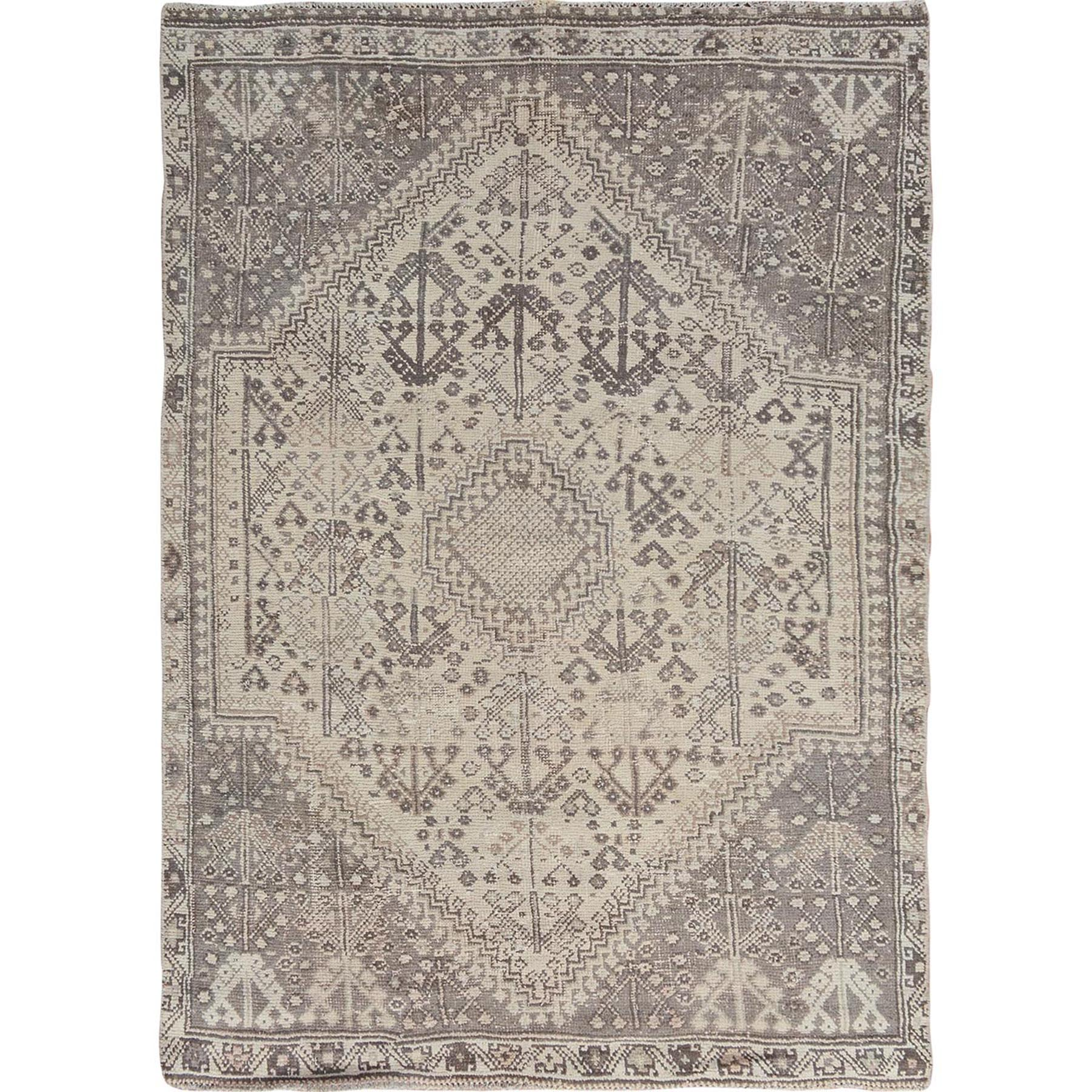 5-1 x7-4  Natural Colors Vintage And Worn Down Persian Qashqai Pure Wool Hand Knotted Oriental Rug