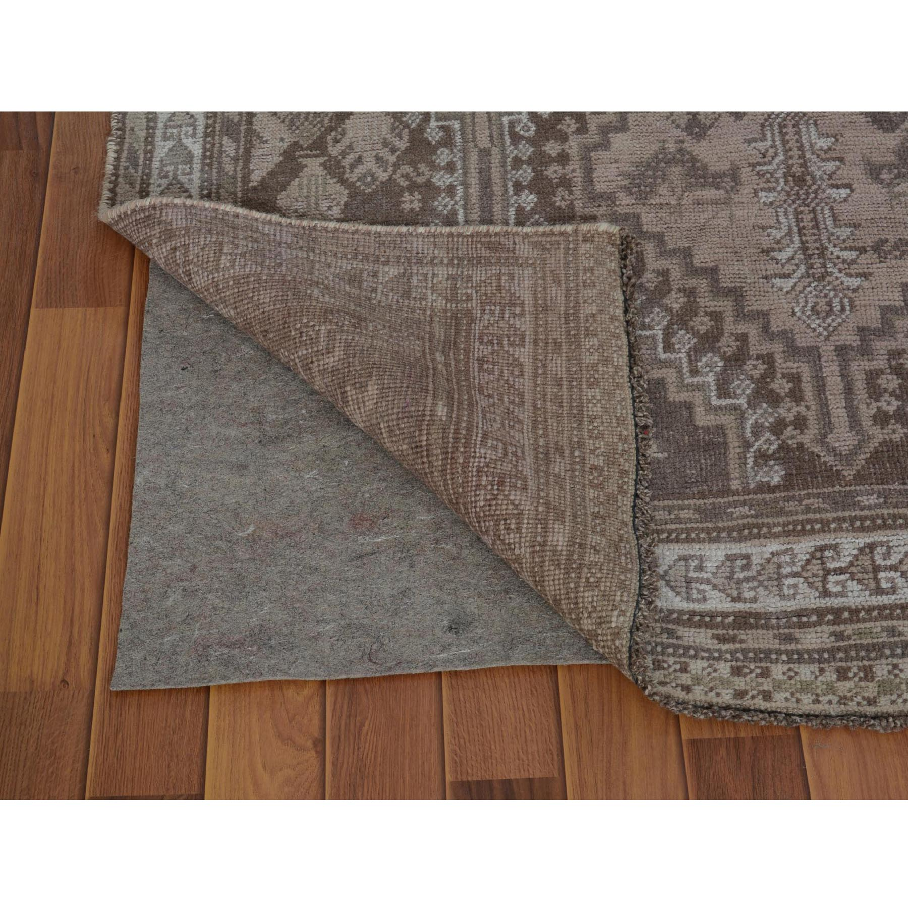 4-9 x8-6  Earth Tone Colors Vintage And Worn Down Persian Qashqai Pure Wool Hand Knotted Oriental Rug