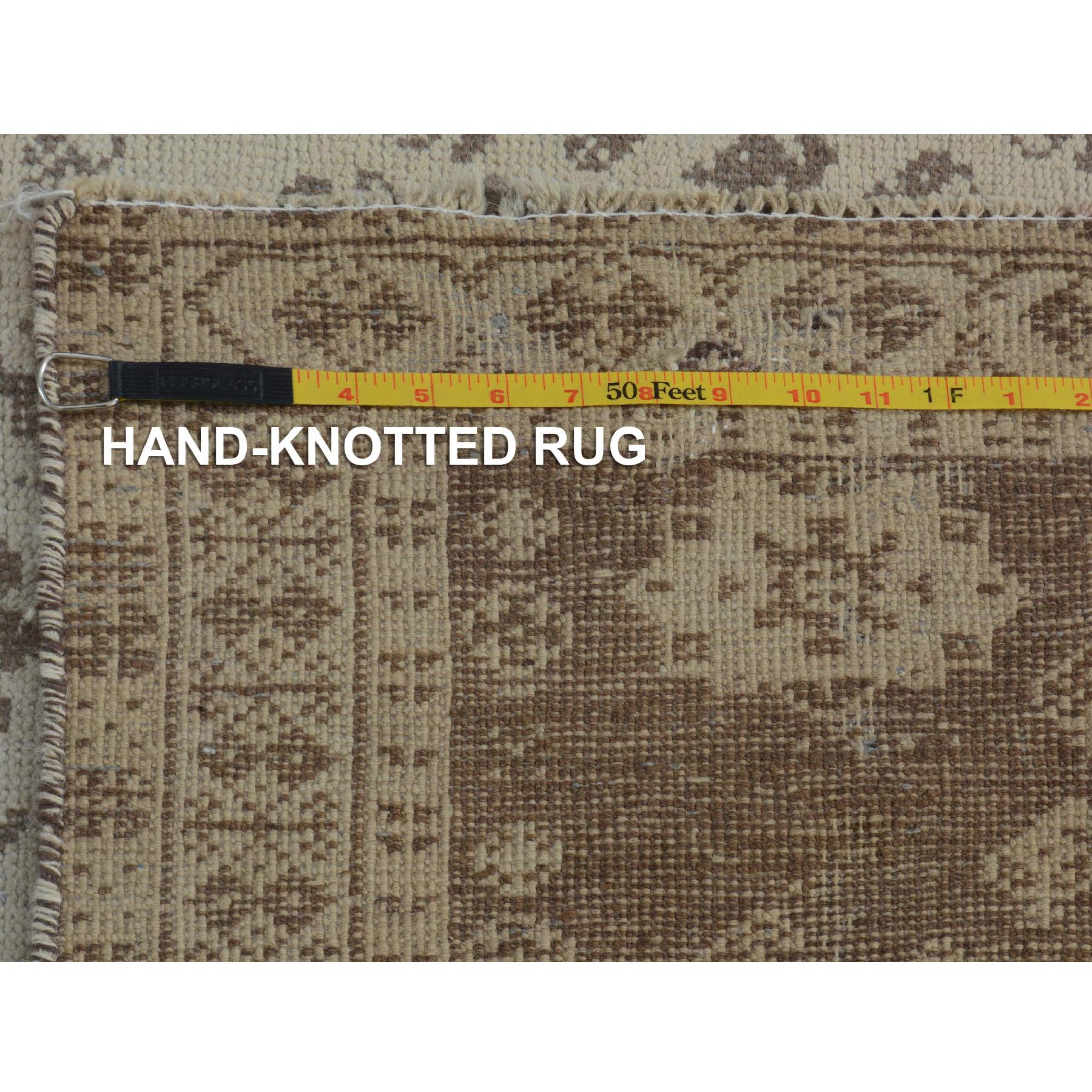 5-x7-9  Natural Colors Vintage And Worn Down Persian Shiraz Pure Wool Hand Knotted Oriental Rug