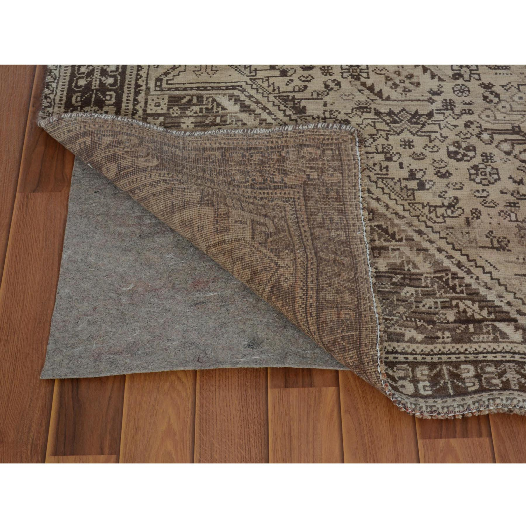 5-4 x8-7  Earth Tones Vintage and Worn Down Persian Qashqai Pure Wool Hand Knotted Oriental Rug