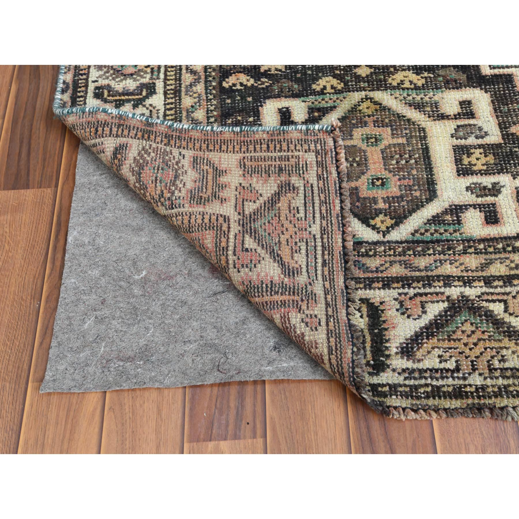 """5'4""""x8'3"""" Semi Antique Tan Color Persian Shiraz Hand Knotted Bohemian Clean Natural Wool Cropped Thin Oriental Rug"""