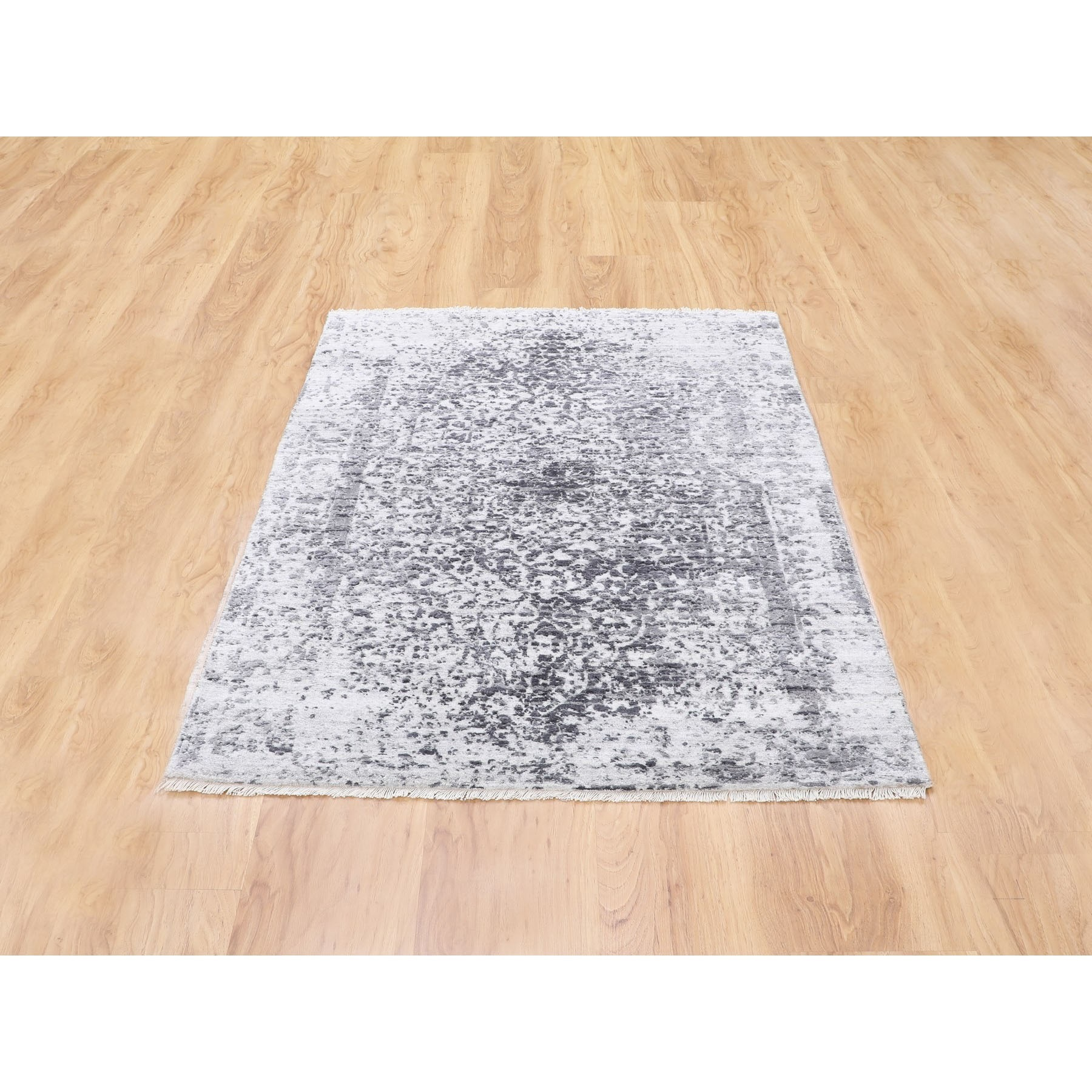 3'x5' Broken Persian Design Wool and Pure Silk Hand Knotted Oriental Rug