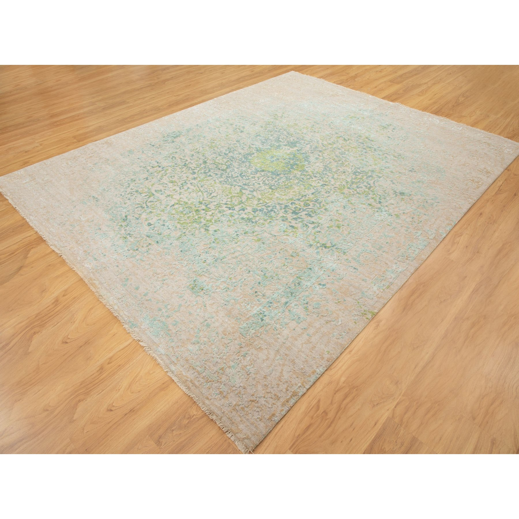 8'x10' Ivory Touch Of Green Pure Silk With Textured Wool Hand Knotted Oriental Rug