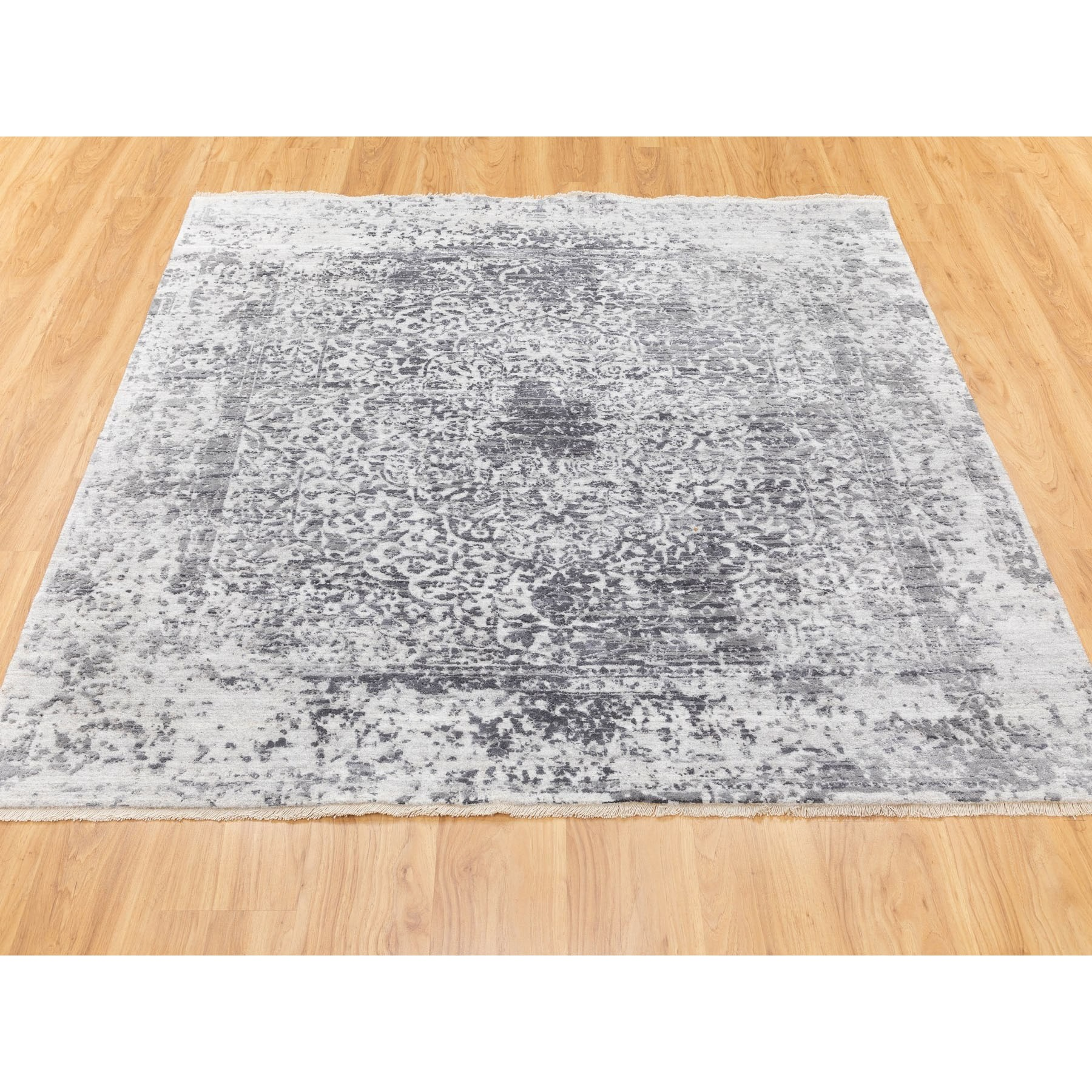 "6'2""x6'2"" Square Wool And Silk Hand Knotted Broken Persian Design Hand Knotted Oriental Rug"