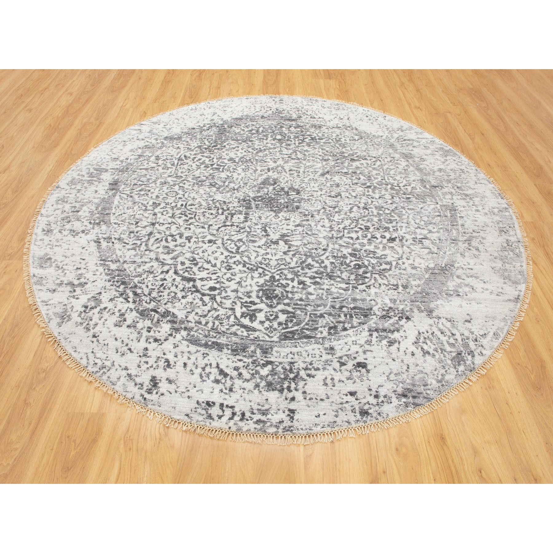 7'x7' Round Broken Persian Design Wool and Pure Silk Hand Knotted Oriental Rug