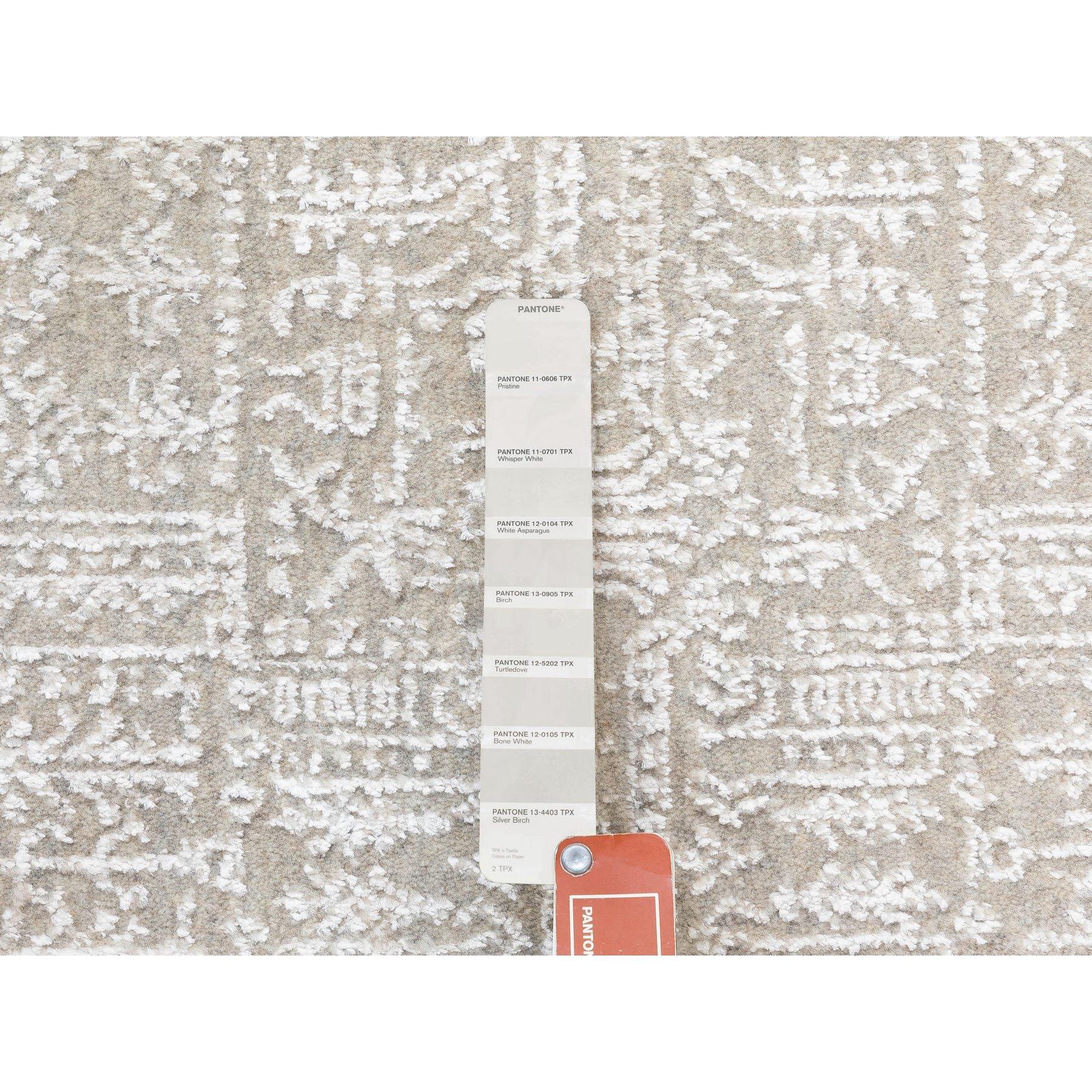 "2'5""x12' Gray Fine jacquard Hand Loomed Modern Wool And Art Silk Runner Oriental Rug"